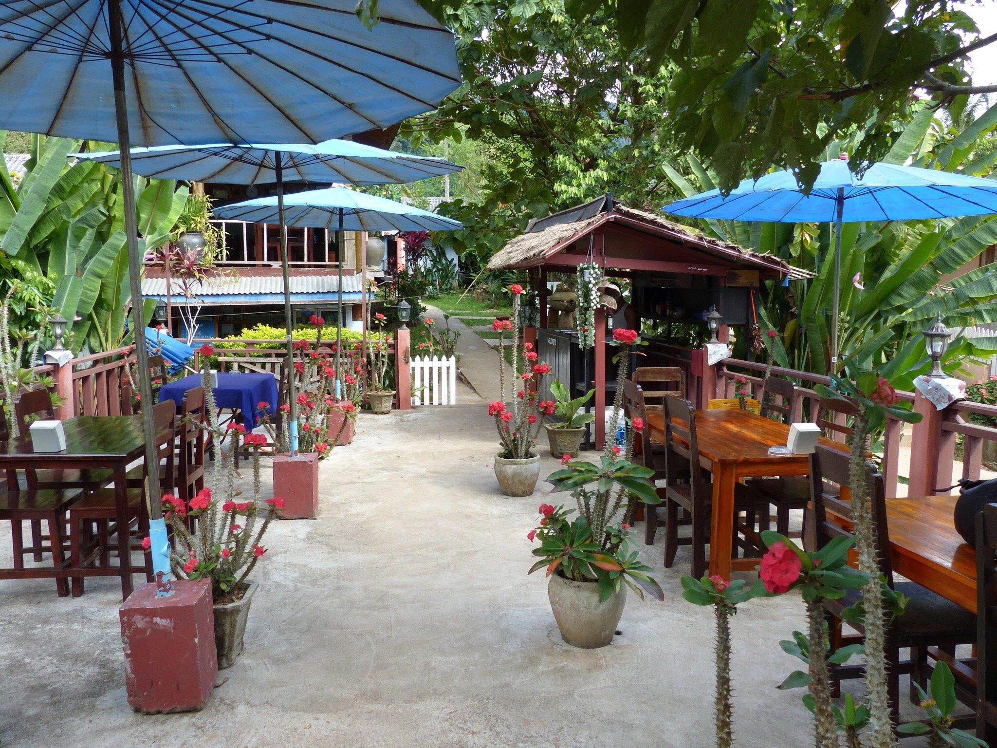 Riverside Bar/Restaurant
