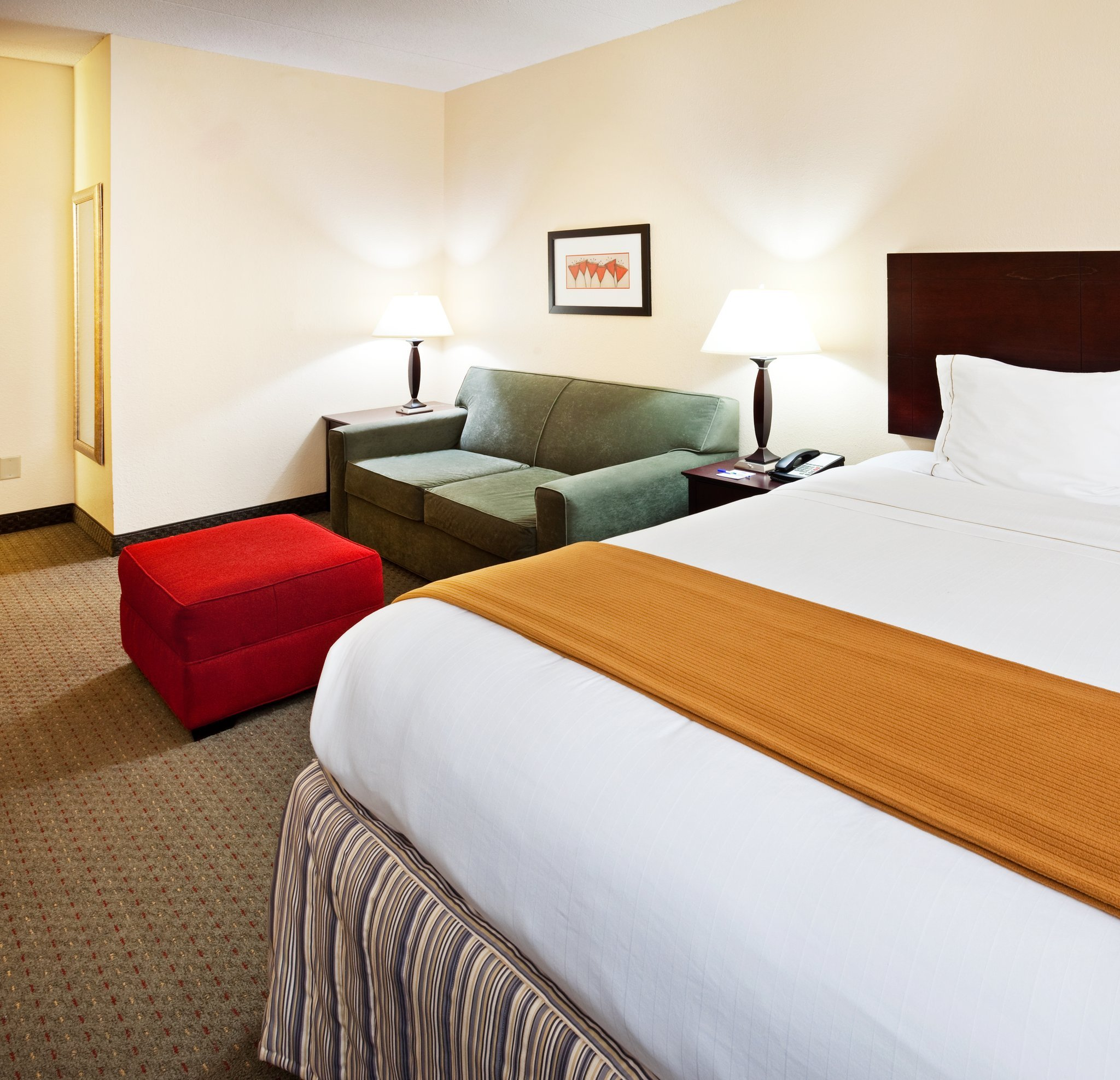 Holiday Inn Express Knoxville Strawberry Plains