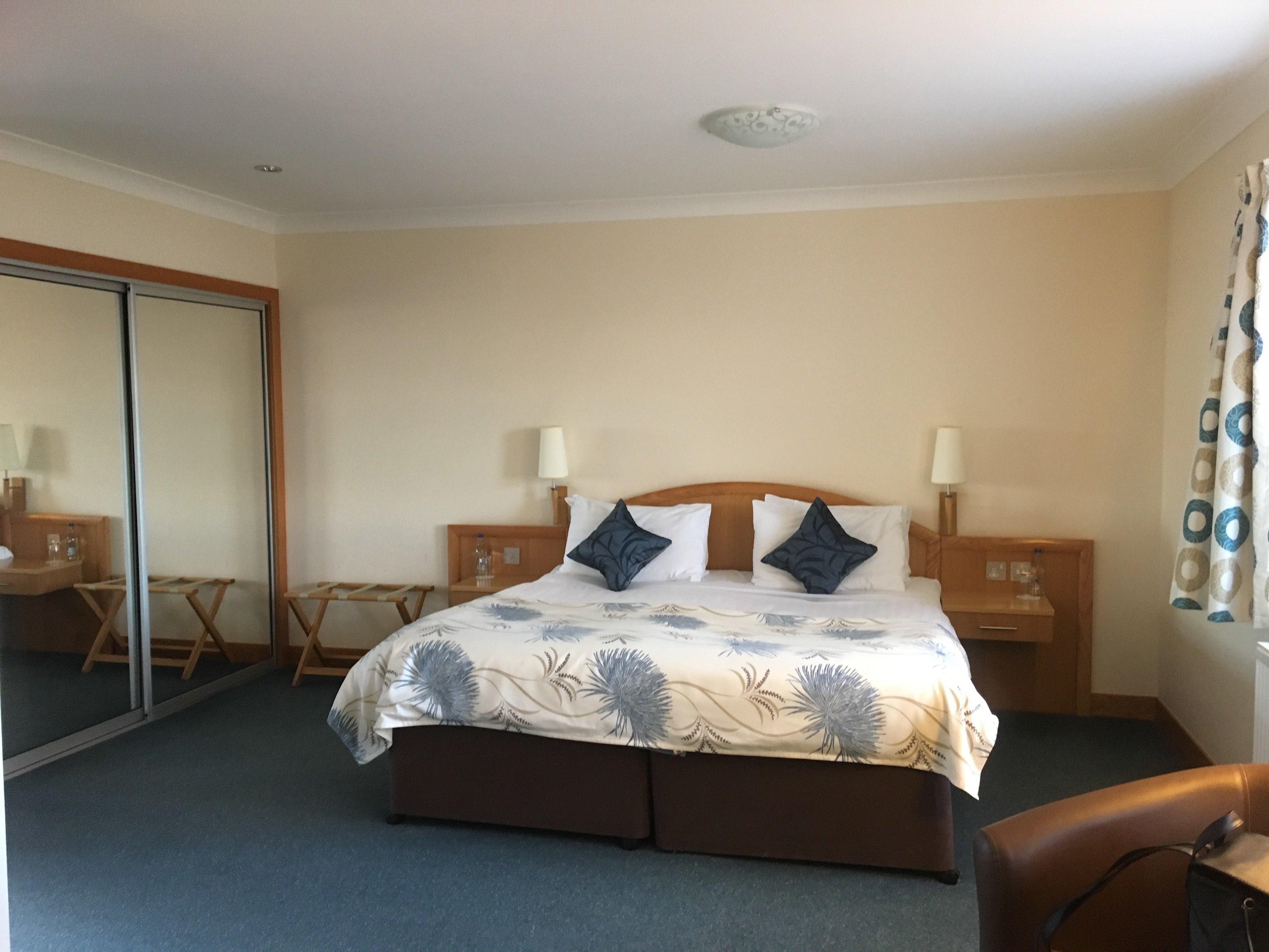 Woodland Bay Hotel