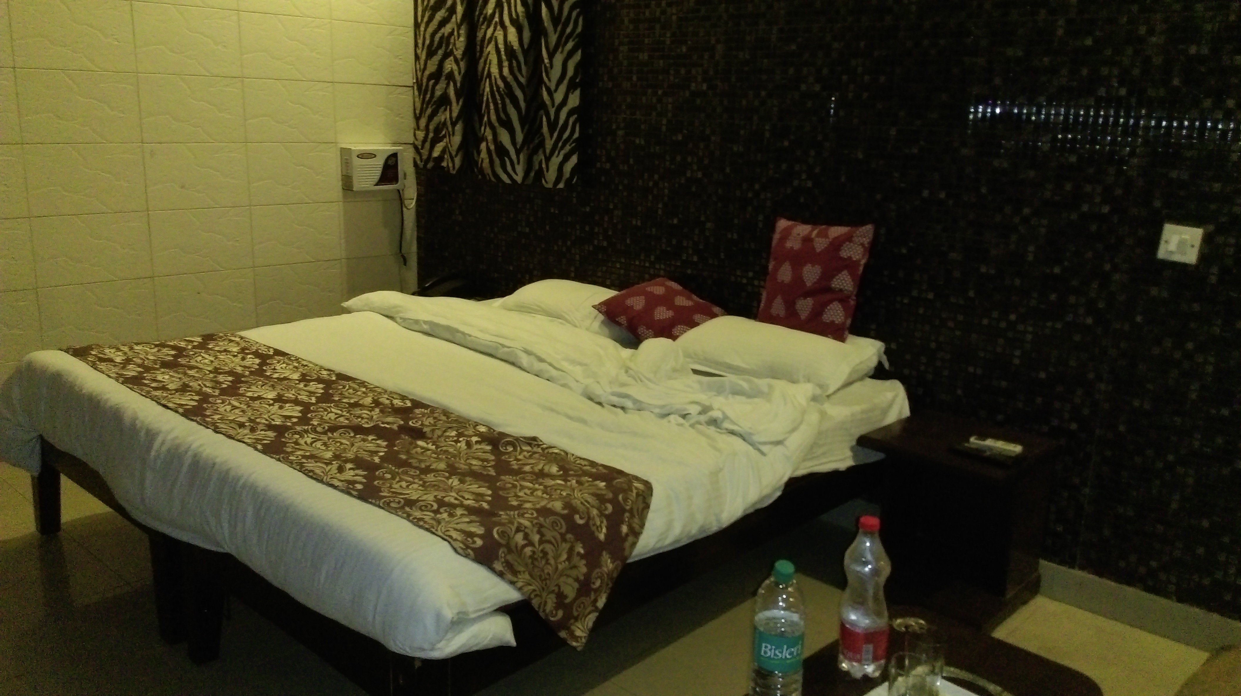 satwah guest house updated prices reviews photos new delhi