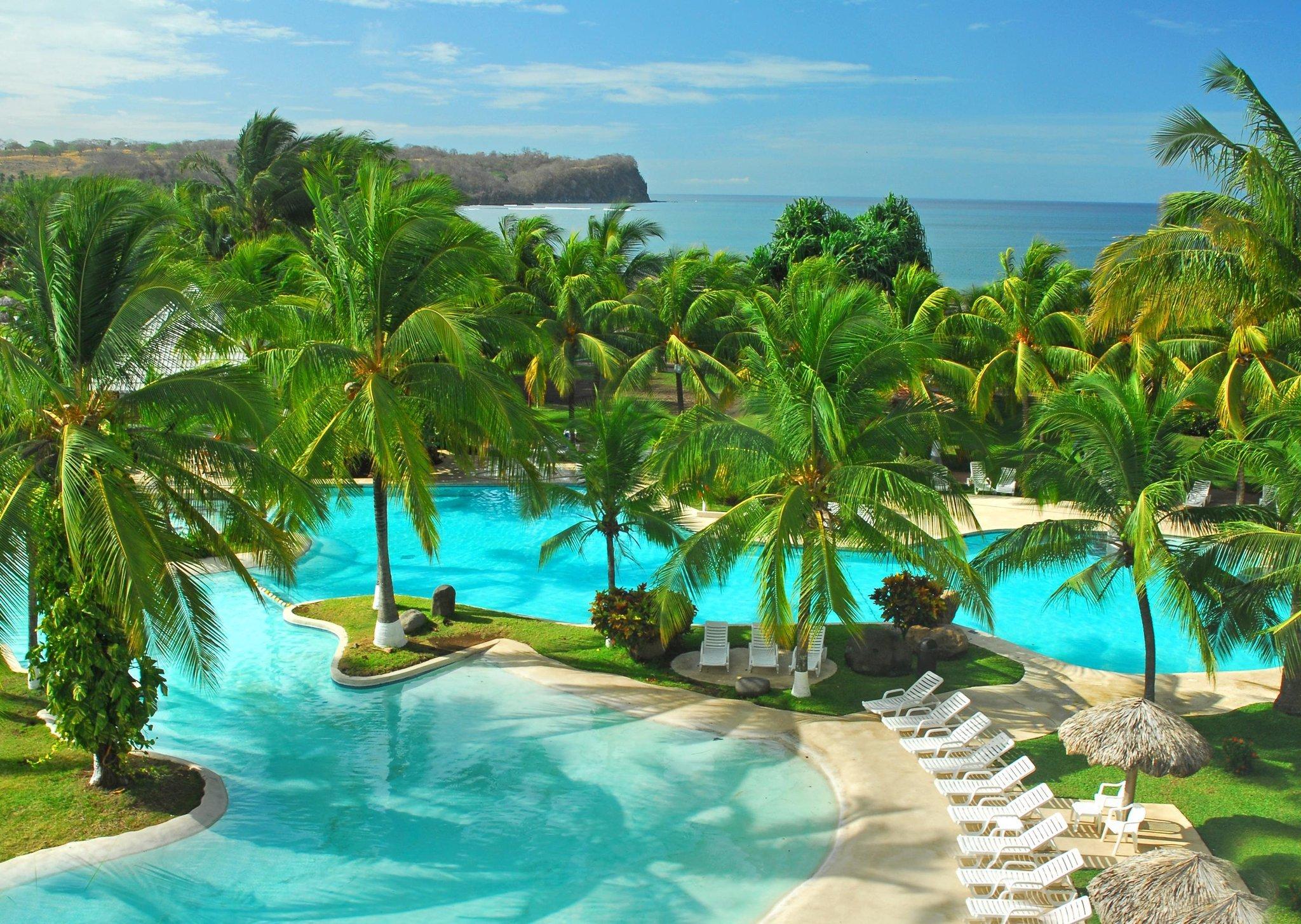 太平洋中部希爾頓逸林全包飯店