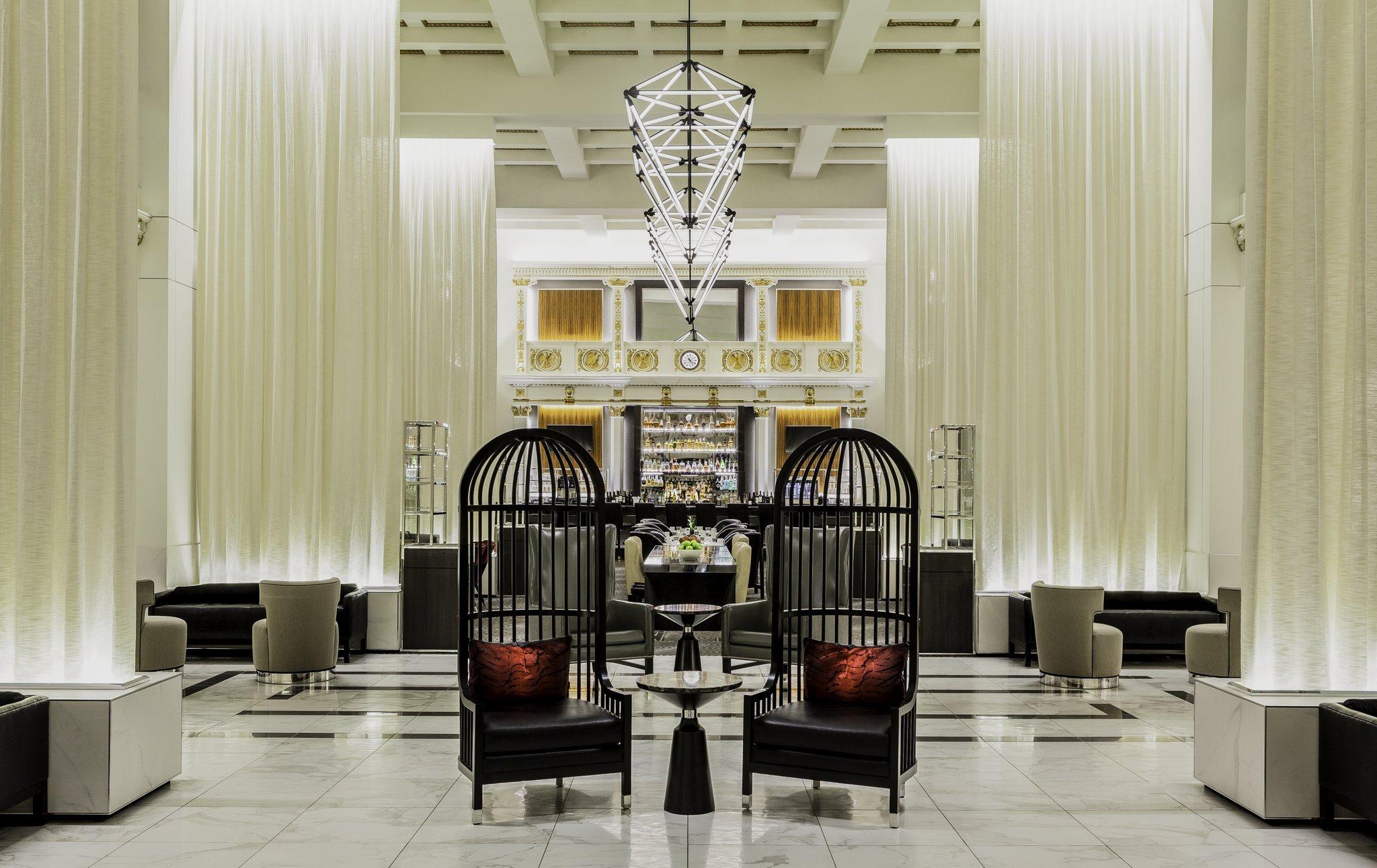 โรงแรมบอสตัน พาร์ก พลาซาแอนทาวเวอร์