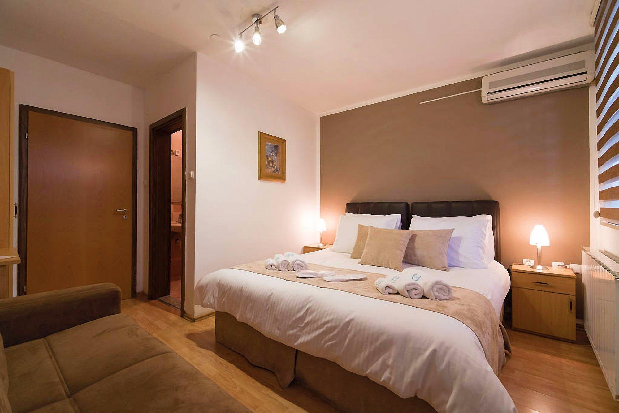 Samm Seher Hotel