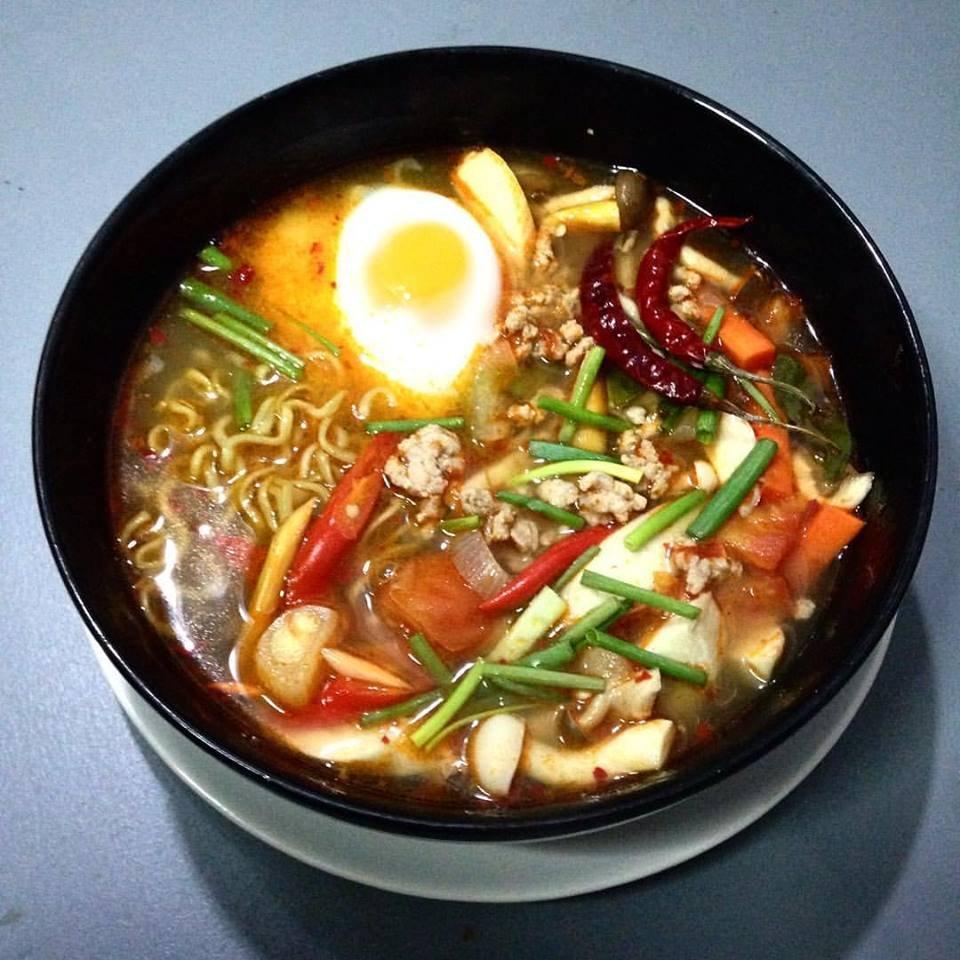 Kinsook cafe 39 happy eating talat nuea restaurant avis num ro de t l phone photos tripadvisor for Cuisine you avis