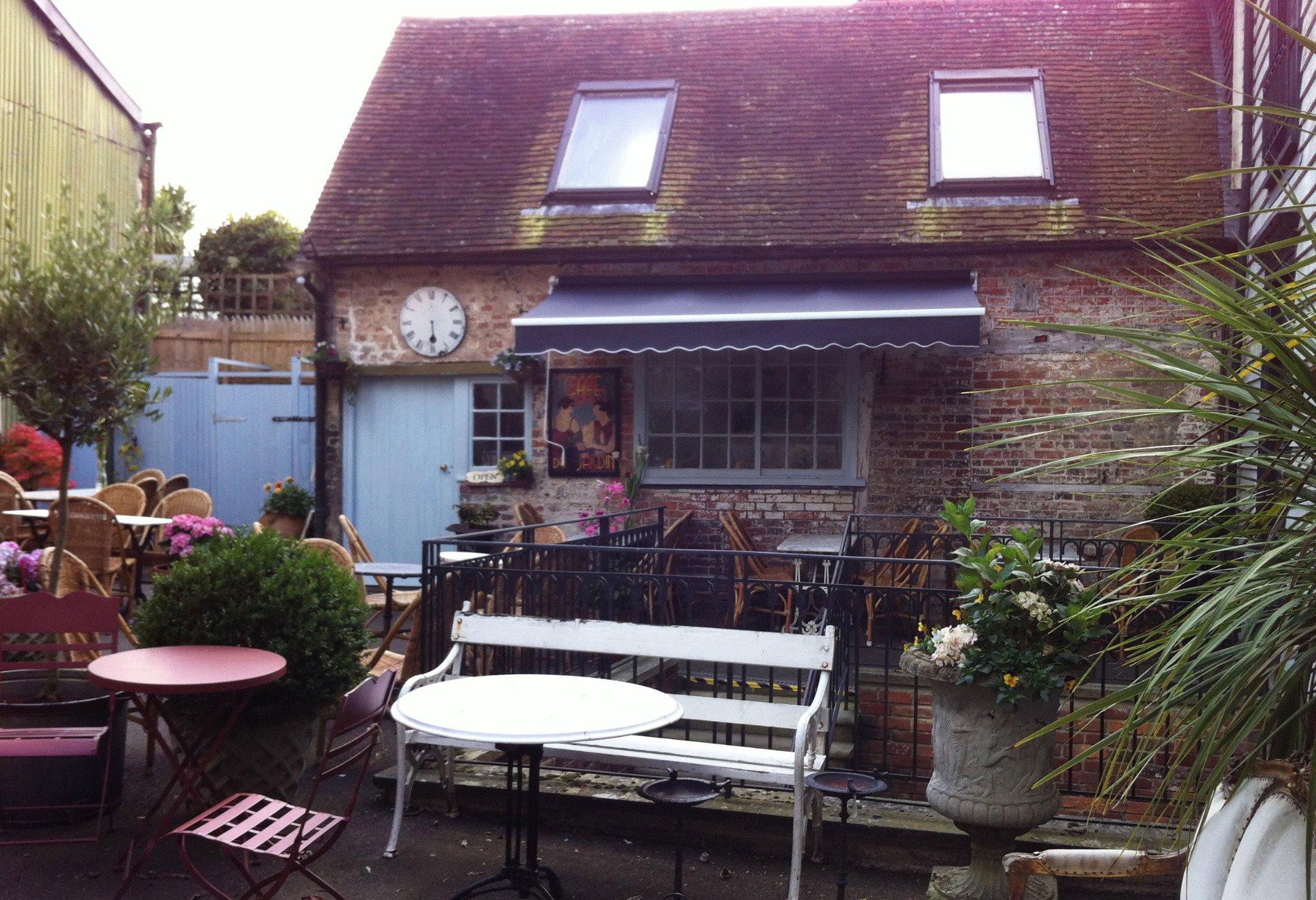 Cafe du jardin lewes restaurant reviews phone number for Cafe du jardin london