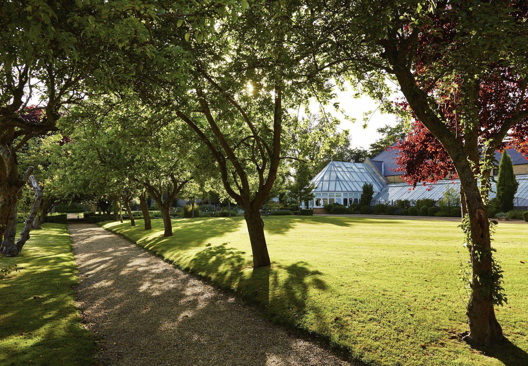 Hanbury Manor Marriott Hotel & Country Club