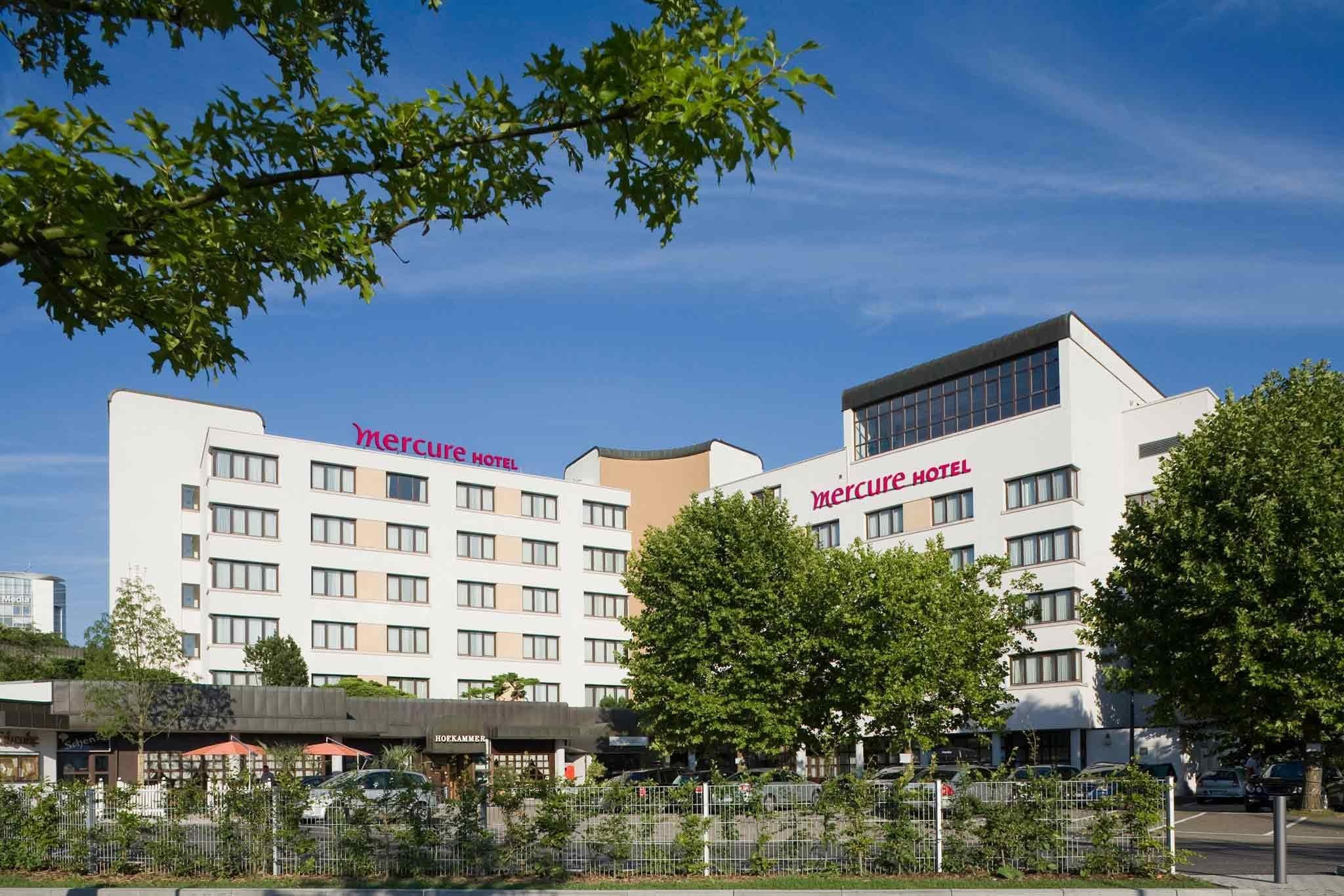 奥芬堡展览广场美居酒店