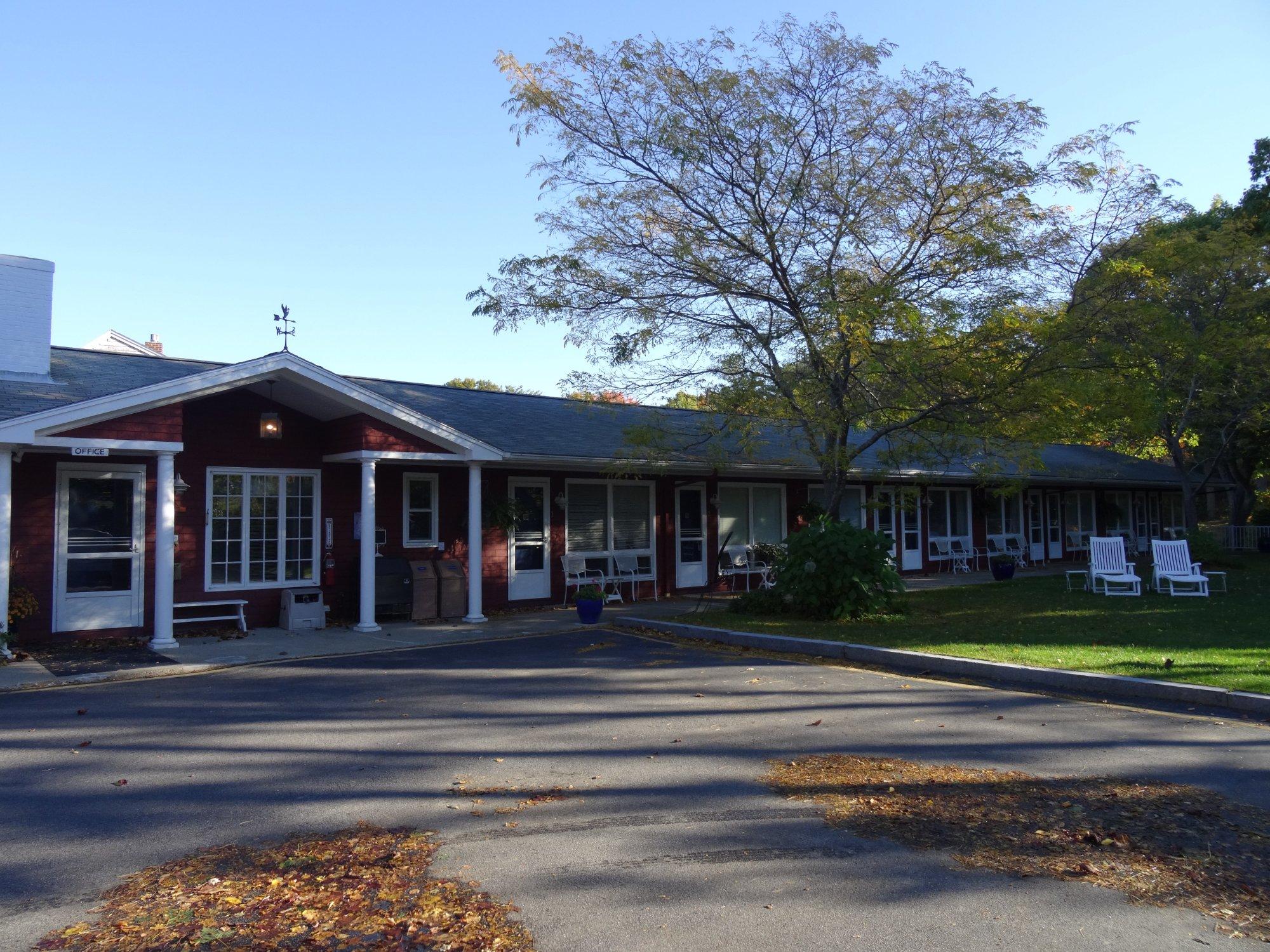 Fontenay Terrace Motel