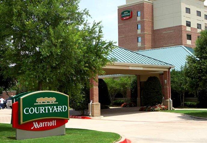 Courtyard dallas addison quorum drive tx updated 2016 hotel