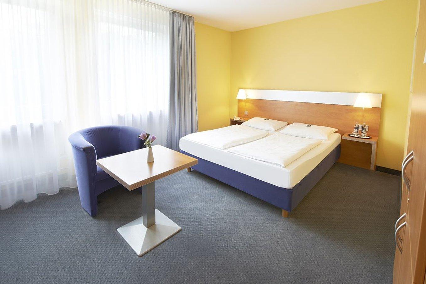 歌德大酒店&慕尼黑寧芬堡