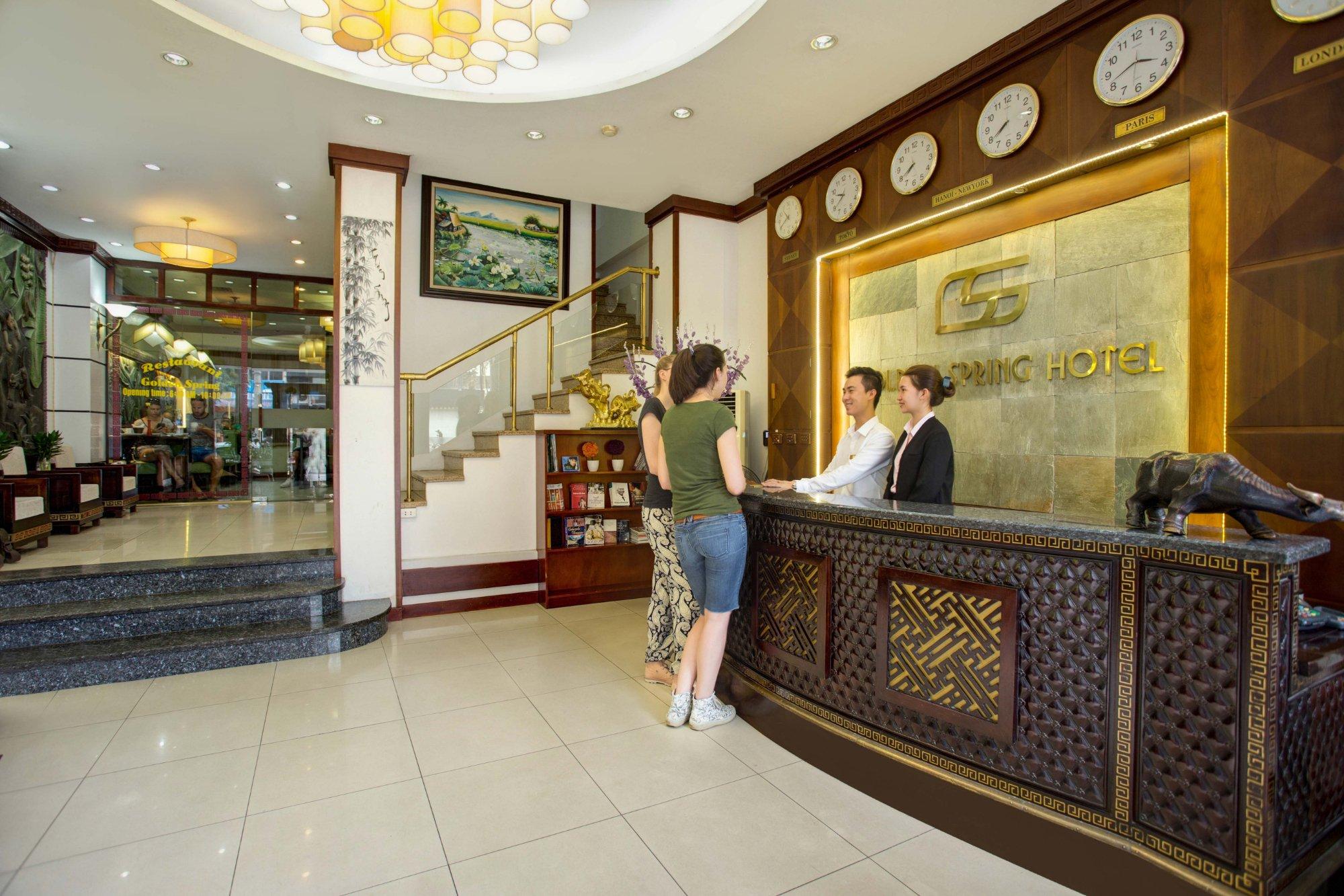 โรงแรมโกลเดนสปริง ฮานอย