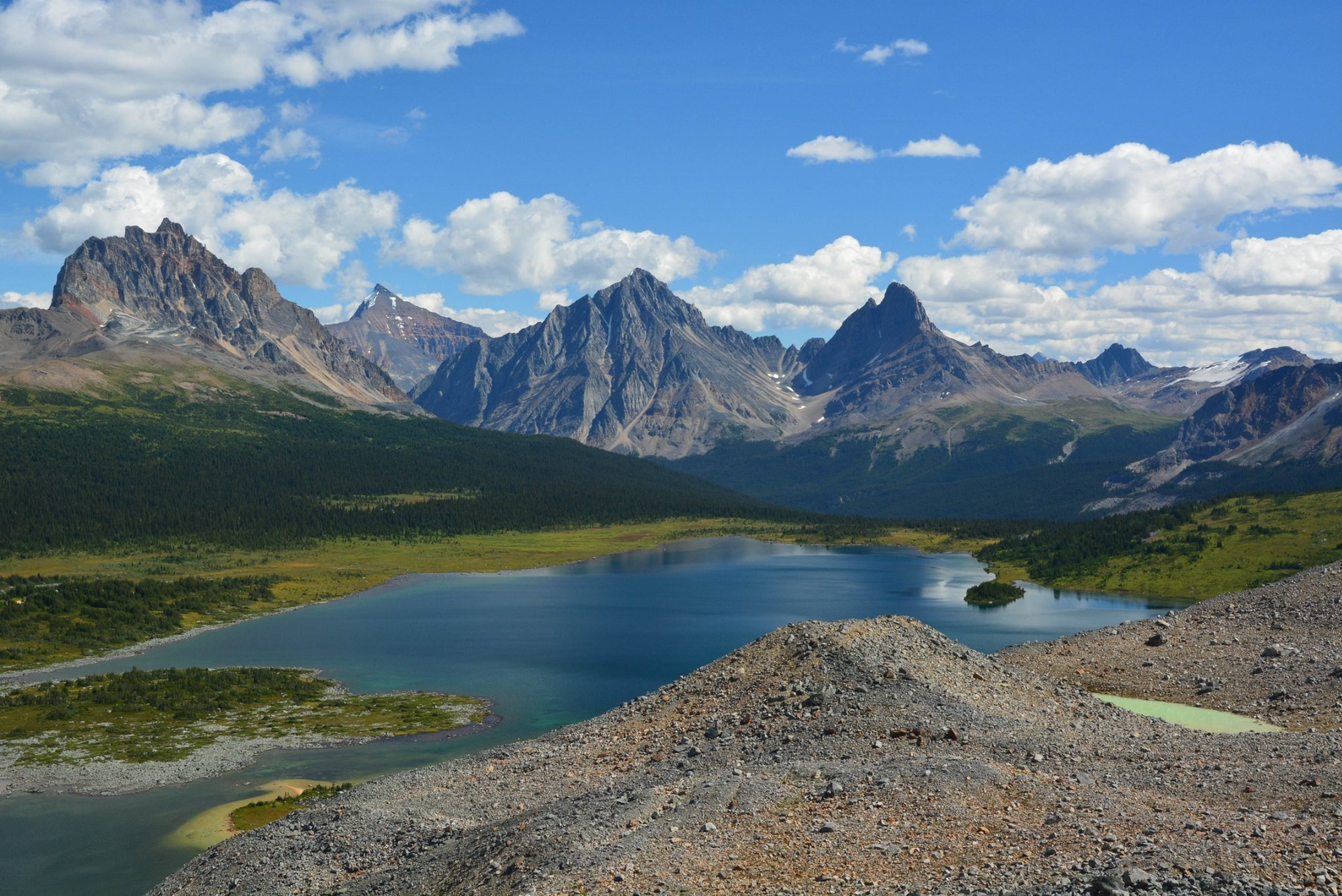 Tonquin Valley Backcountry Lodge