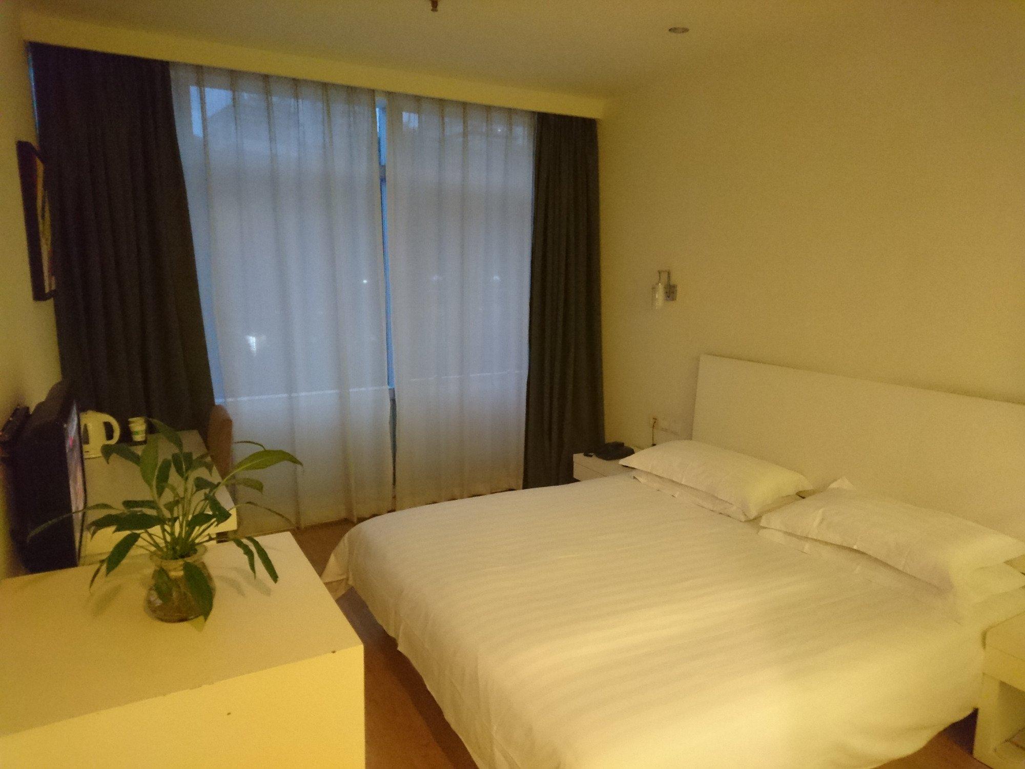 Motel 268 (Shenzhen Huanggang)