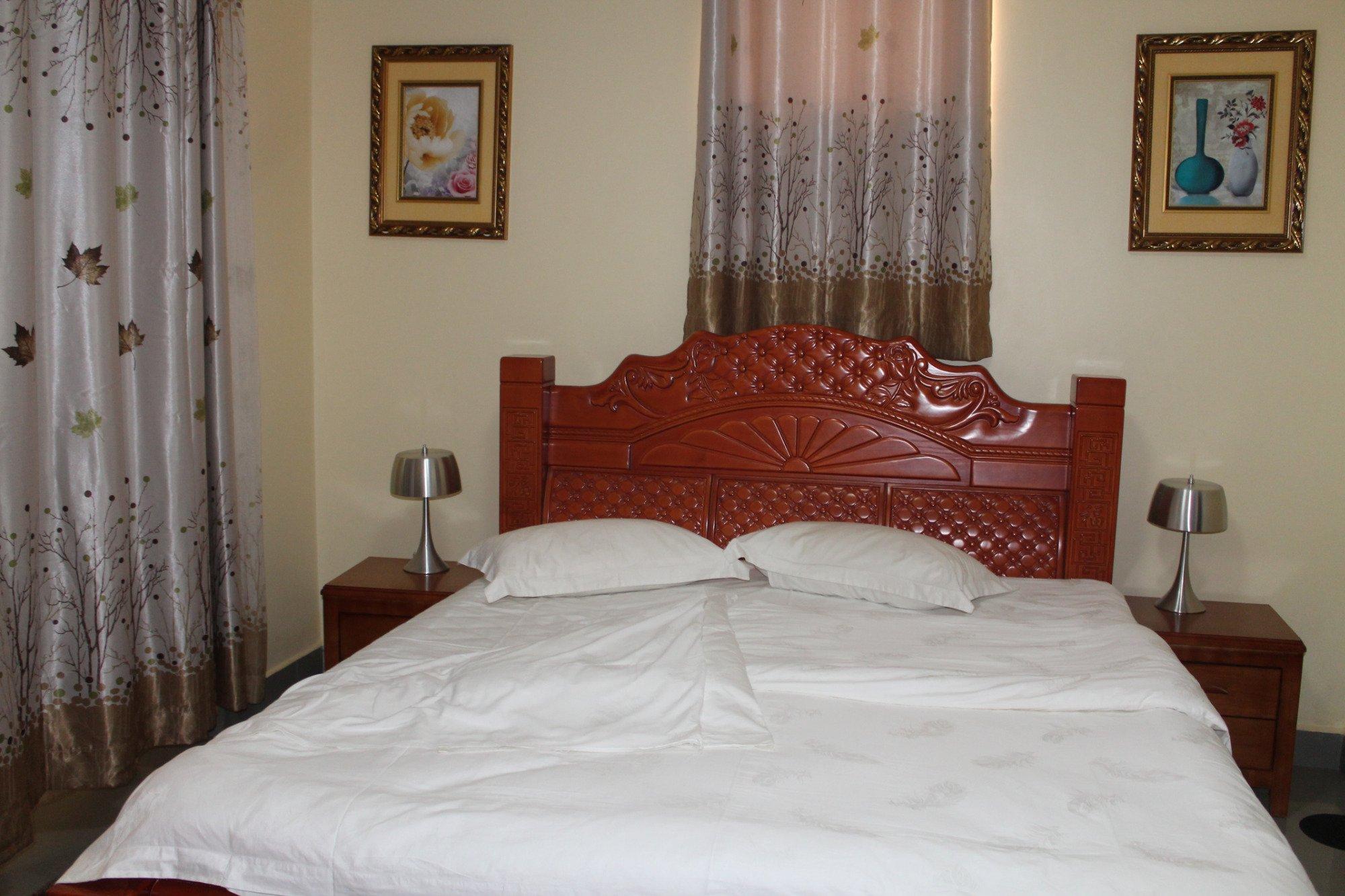 Gold Stars Hotel Bunia