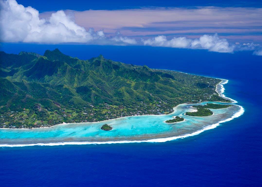 aerial view of muri beach - Deretan Destinasi Wisata di Kepulauan Cook