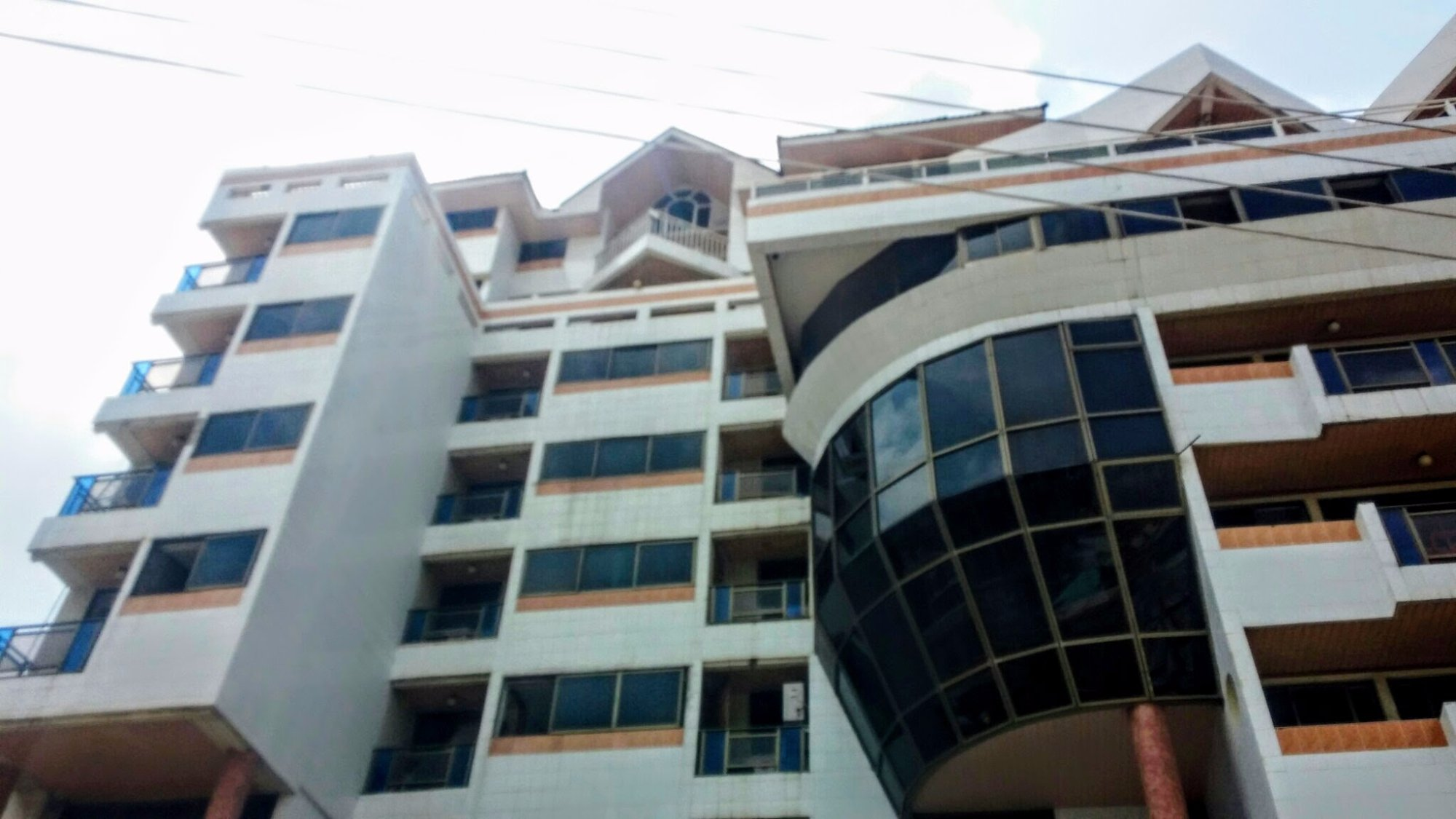 Paintsiwa Apartments