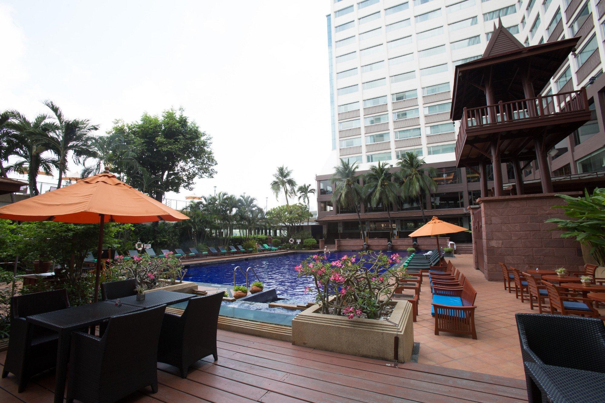 華美達廣場湄南河畔酒店