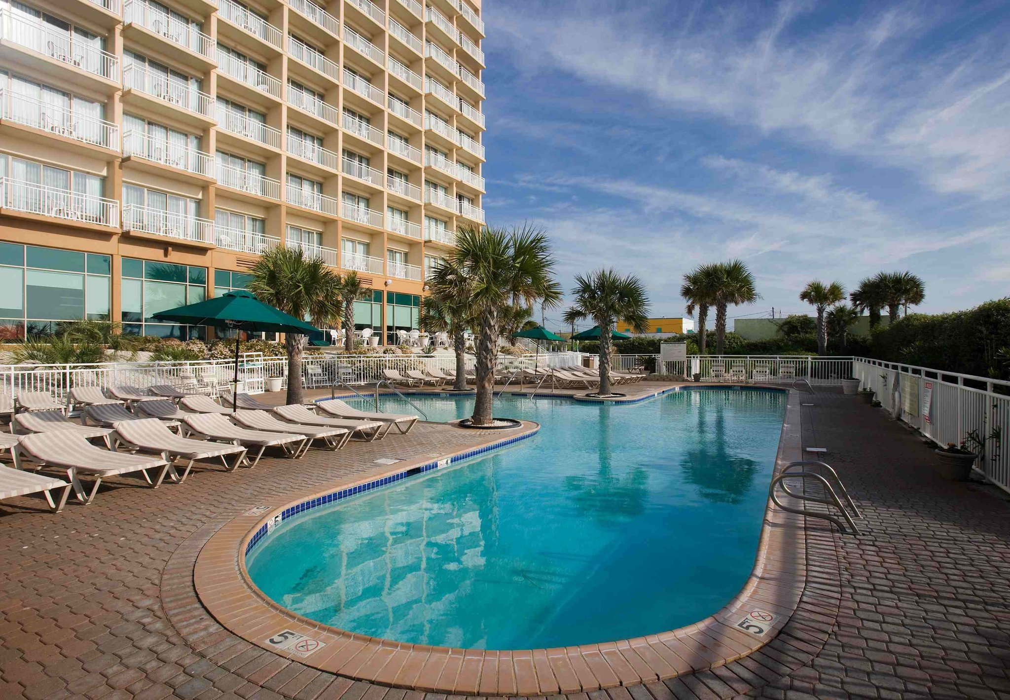 Courtyard Carolina Beach Oceanfront