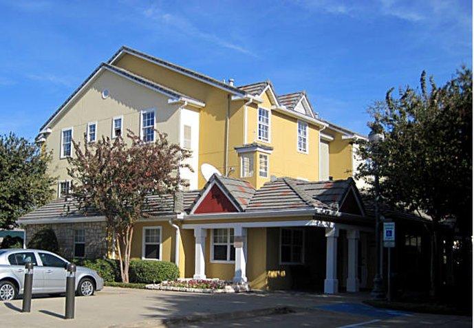 達拉斯普萊諾萬豪唐普雷斯套房飯店