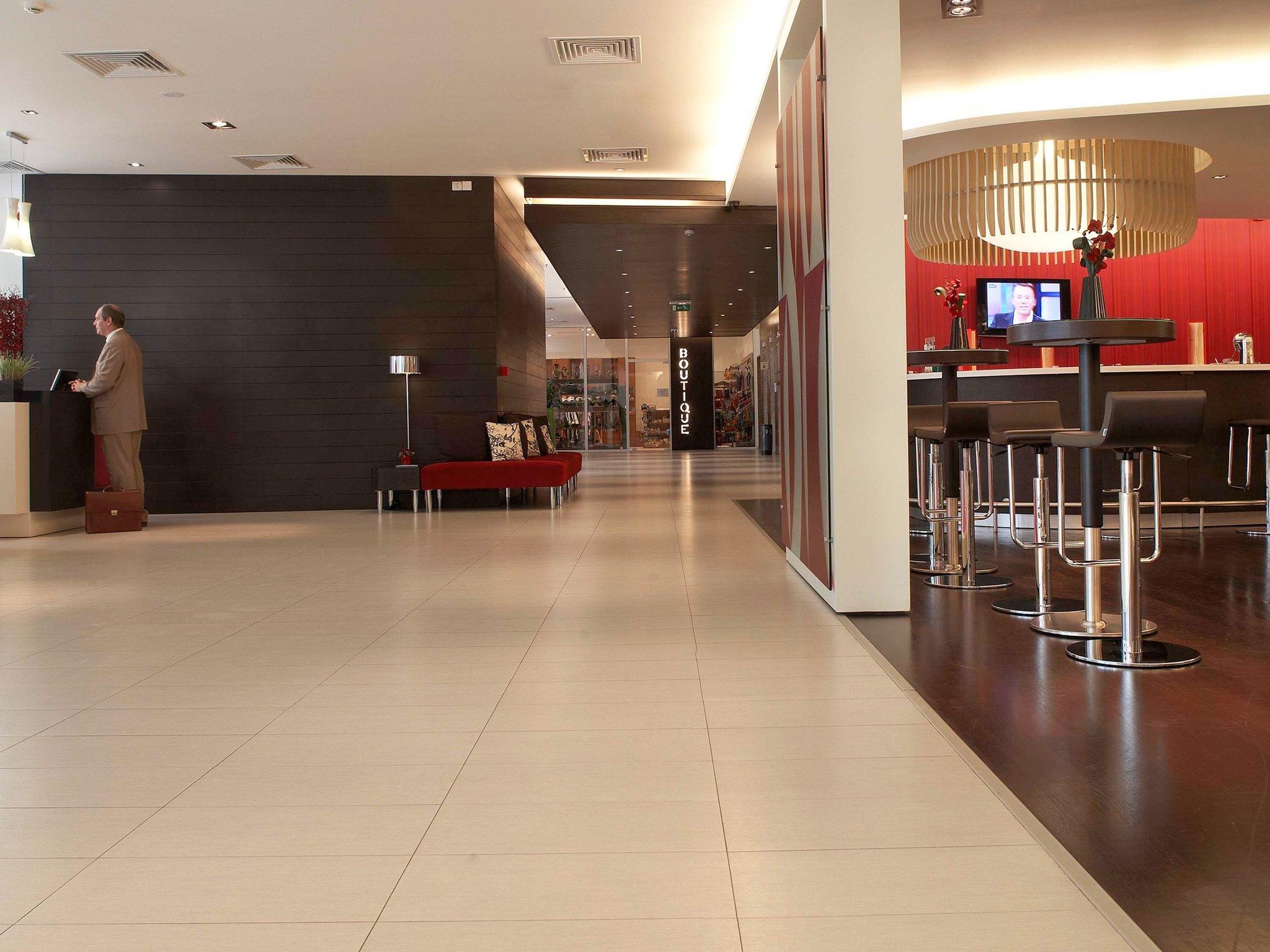 雅典諾富特酒店