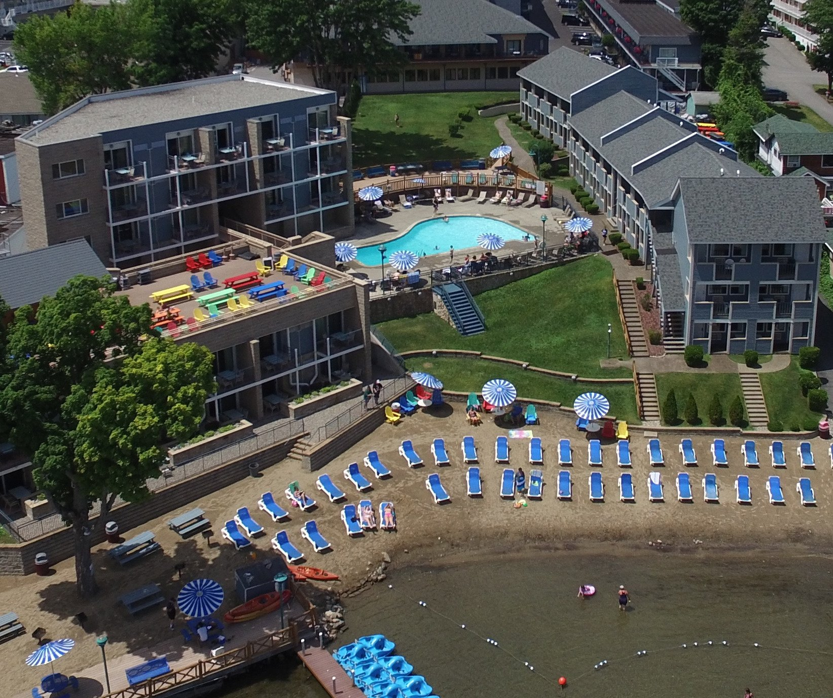 Surfside On The Lake Hotel & Suites