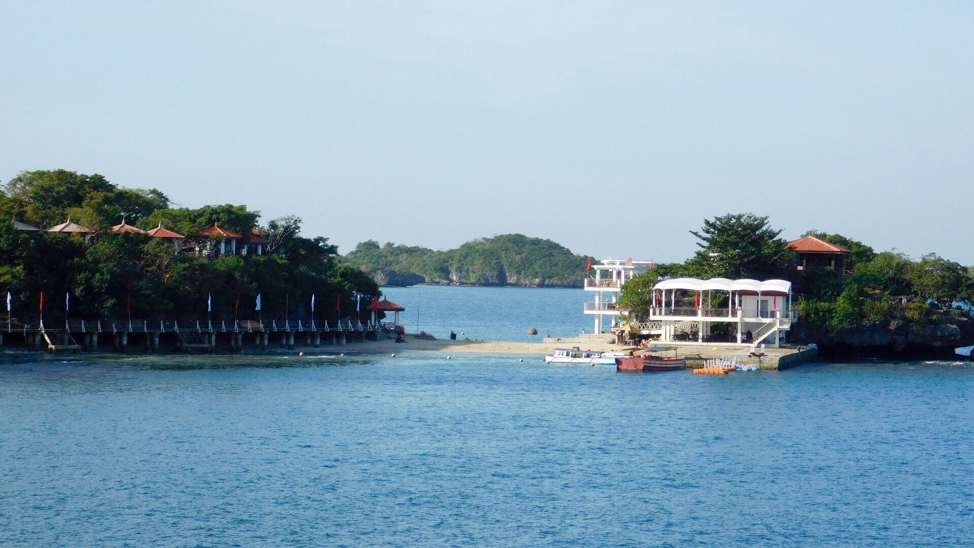 Hundred Islands Resort Hotel