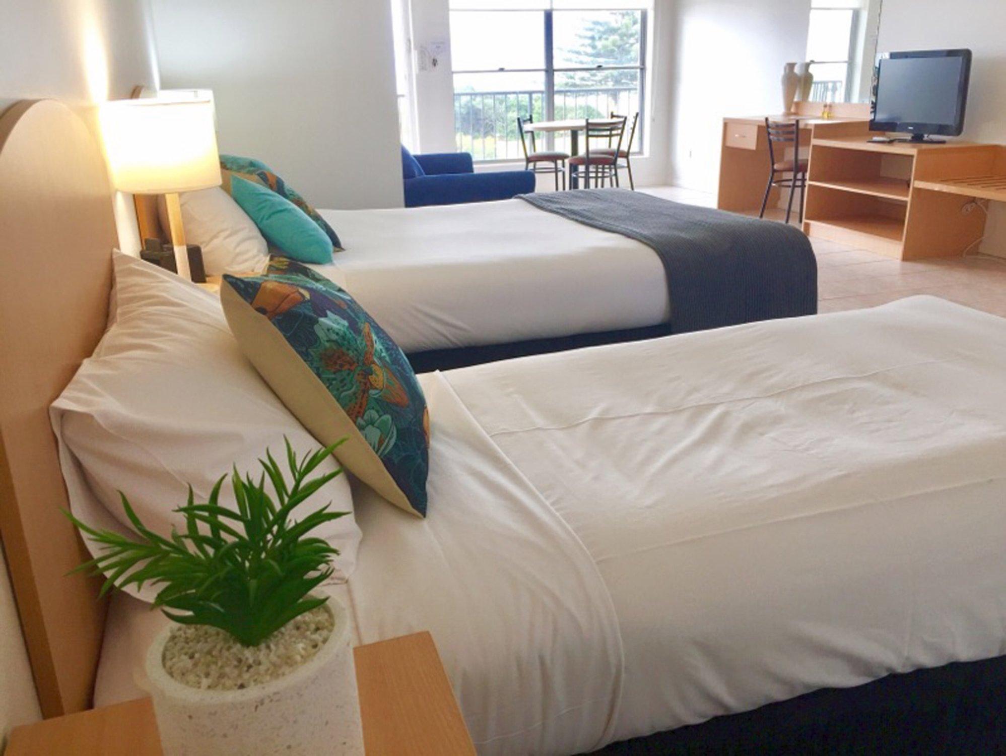 COAST Motel and Apartments