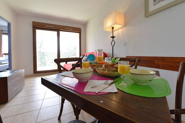 Uzes appart hotel updated 2017 prices apartment for Au petit jardin uzes
