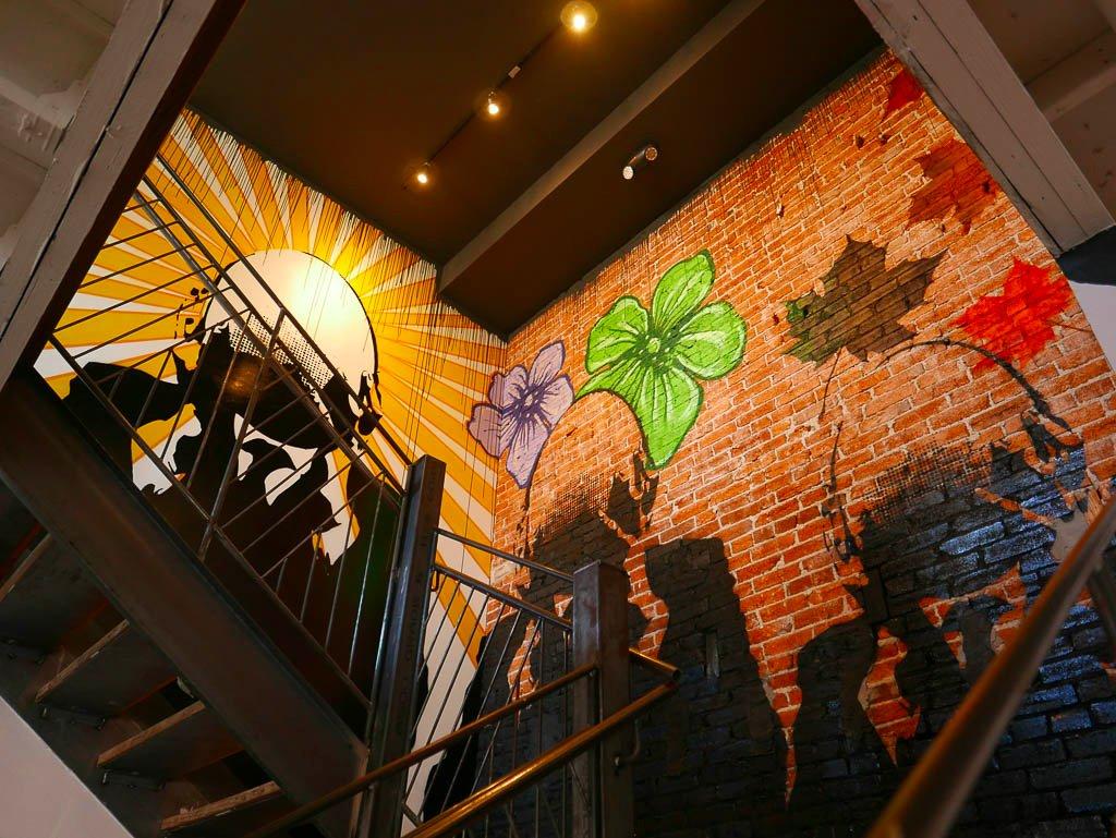 The bird washington dc restaurant reviews phone number for 4 seasons mural
