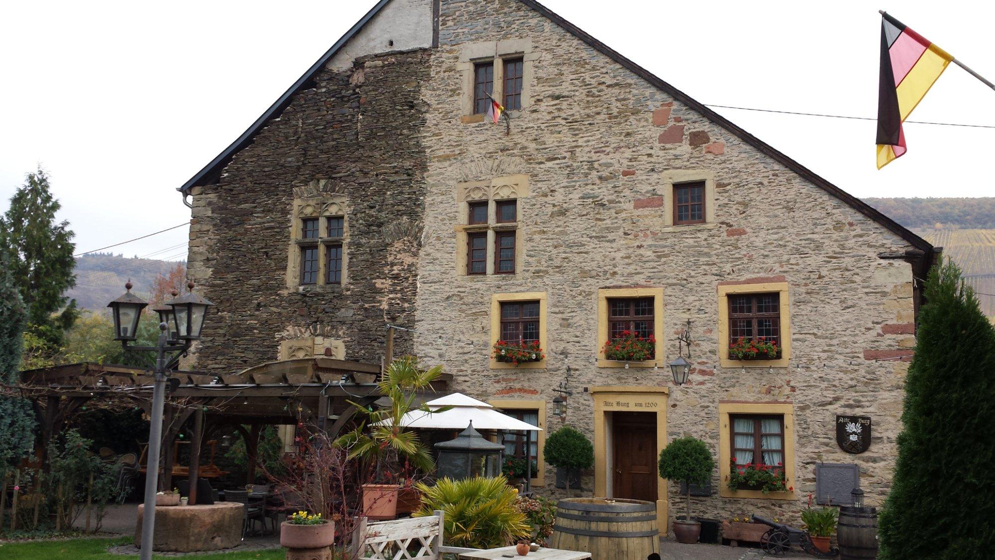 Pension Winzerhof Alte Burg