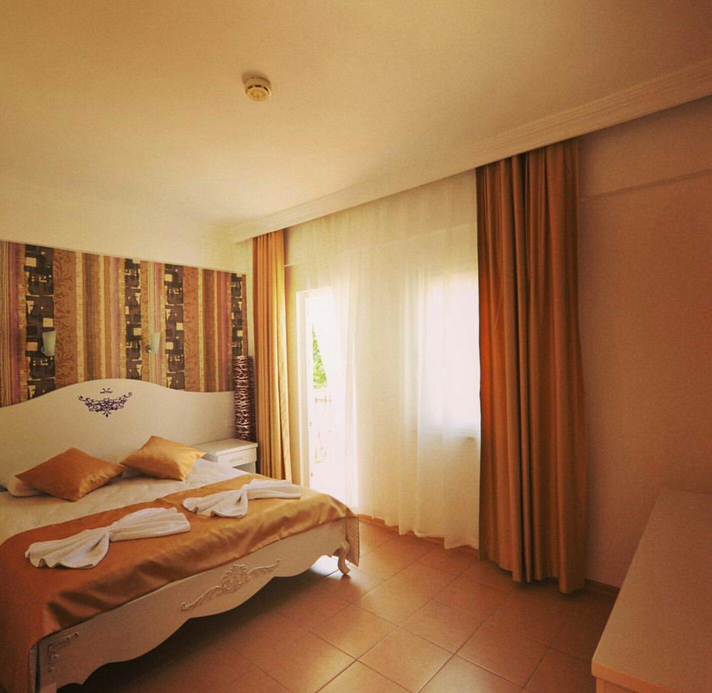 Taner Hotel