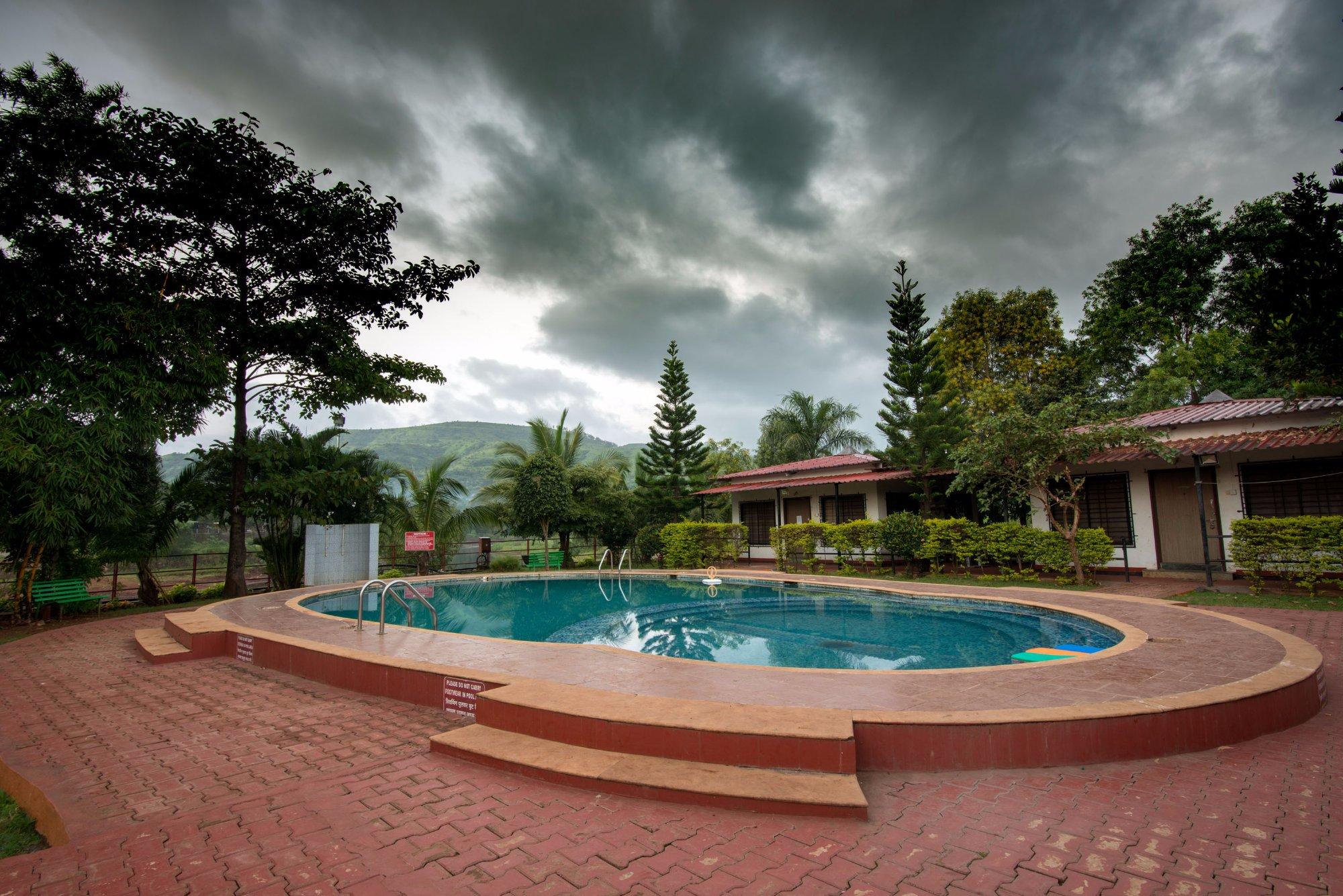 Balaji Resorts, Velhe Pune