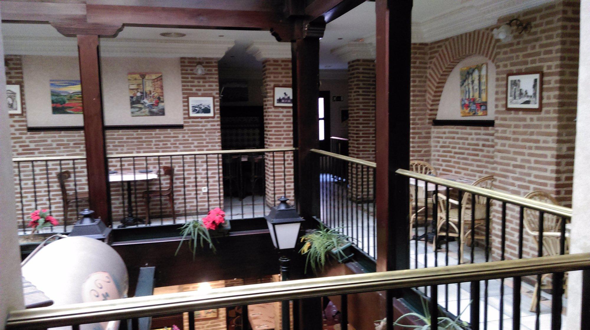Restaurante los balcones de alcala en alcal de henares - Cocinas en alcala de henares ...
