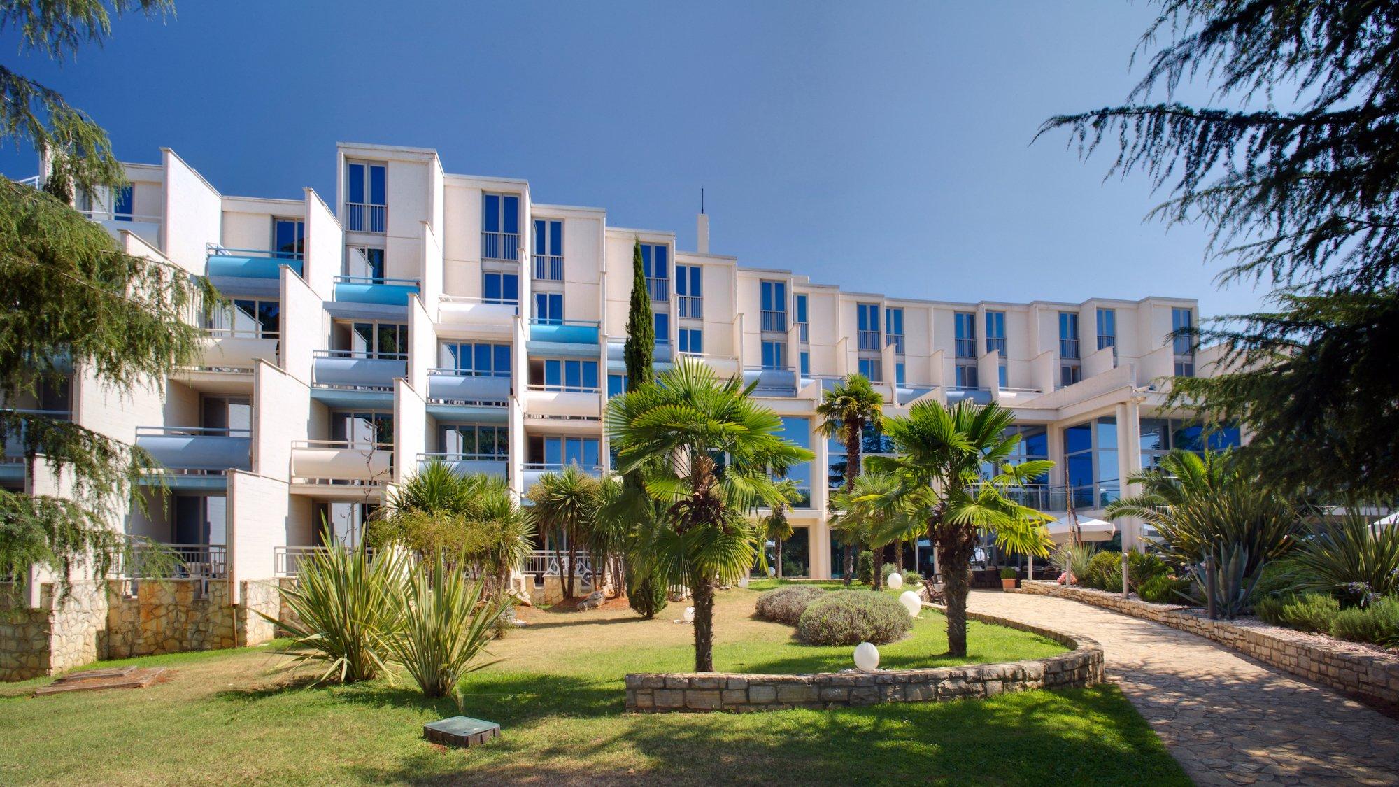 維拉馬爾水晶酒店