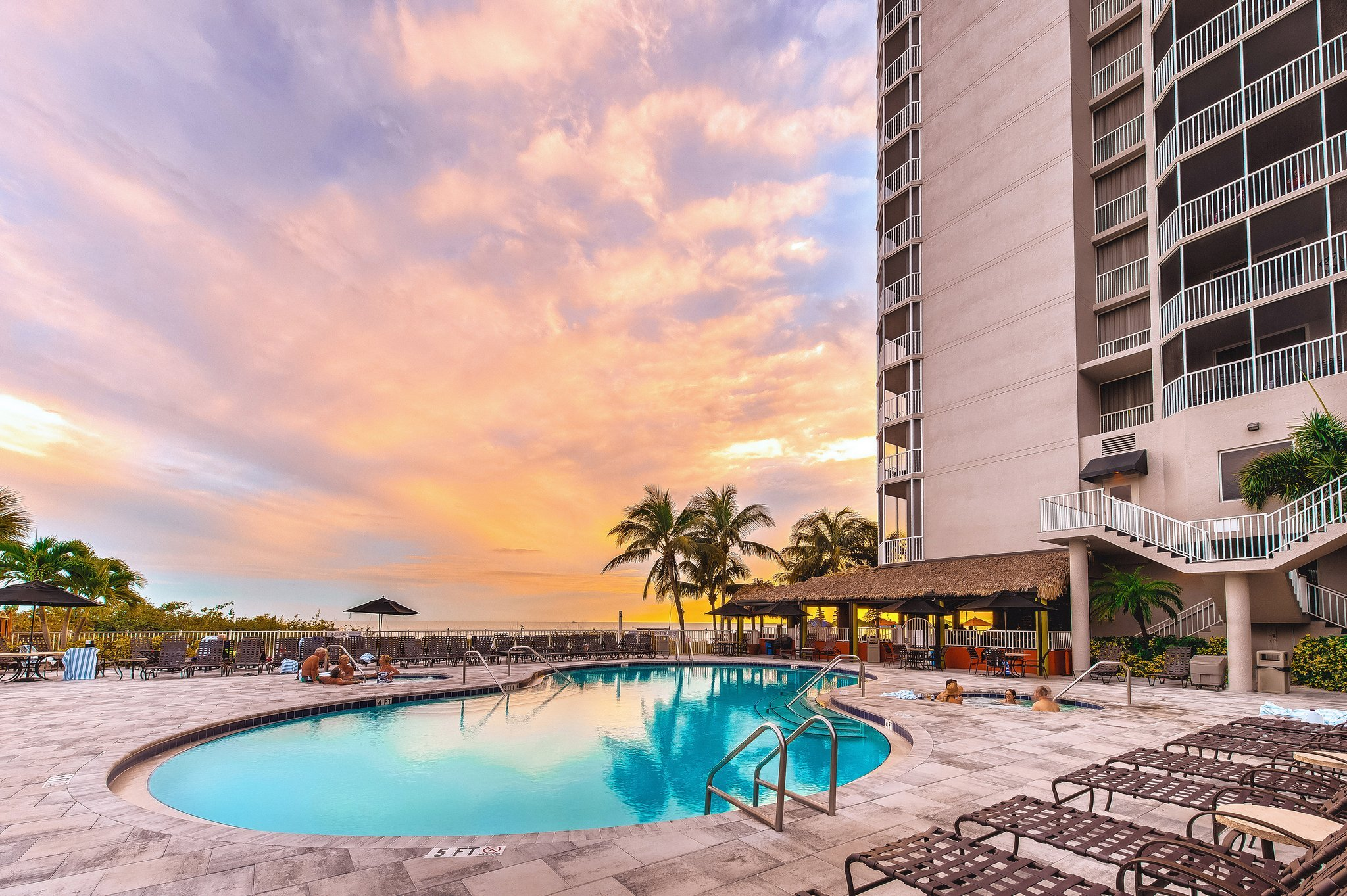 DiamondHead Beach Resort & Spa