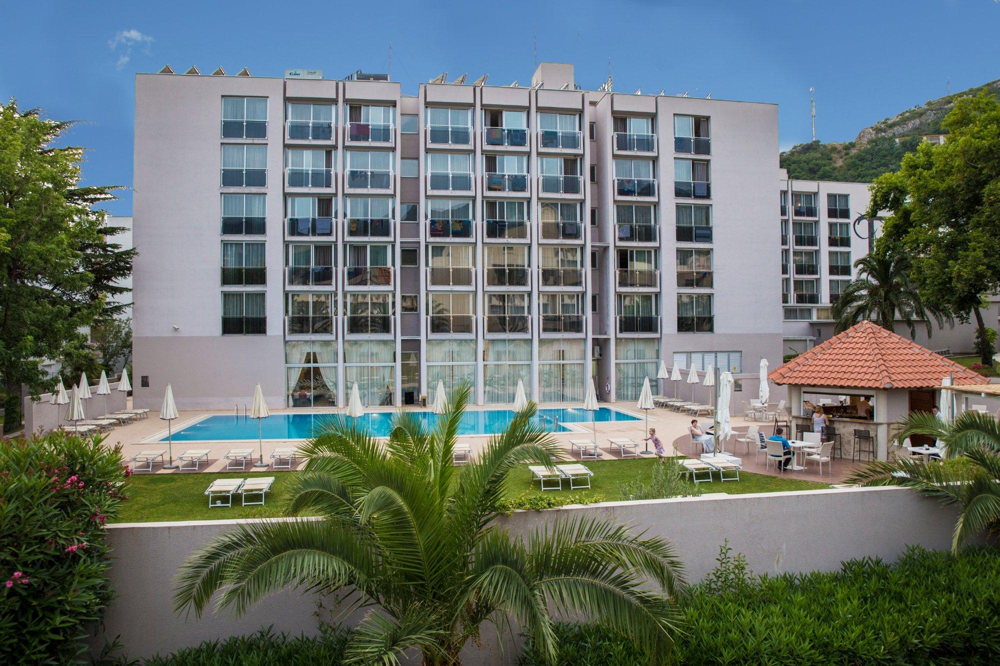 ホテル タラ