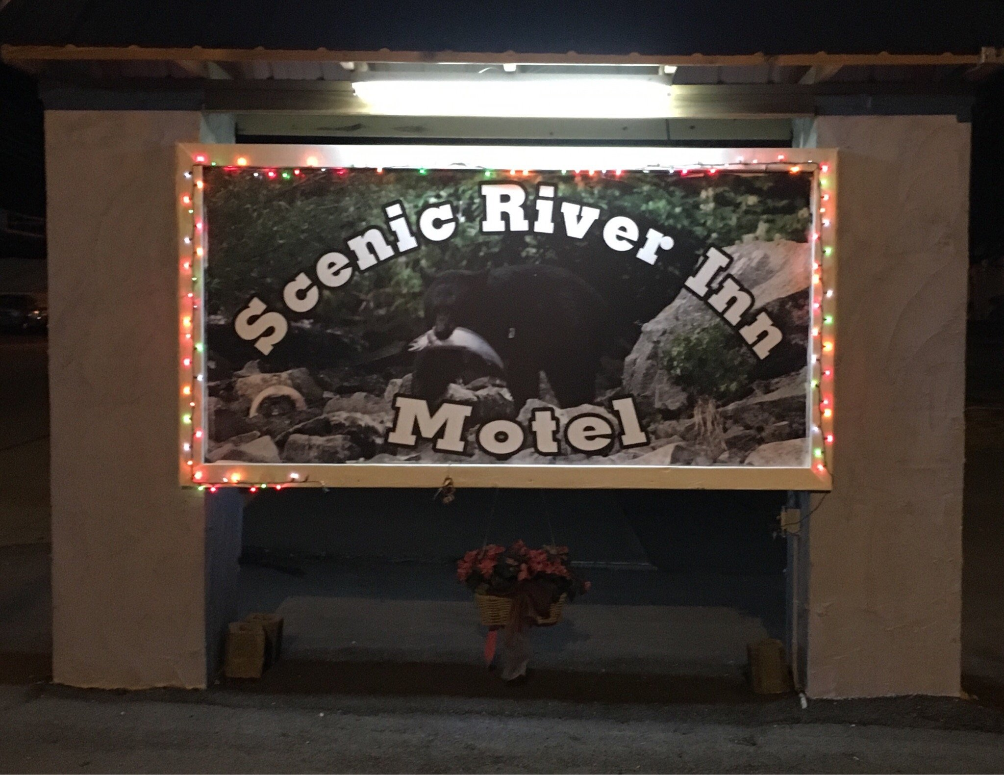 Scenic River Inn Motel
