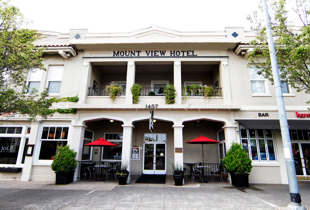 Mount View Hotel & Spa
