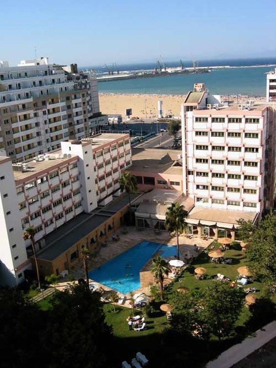 El Oumnia Puerto