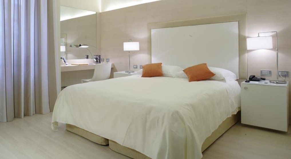4 Viale Masini Hotel Design