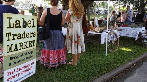 Label Traders Market