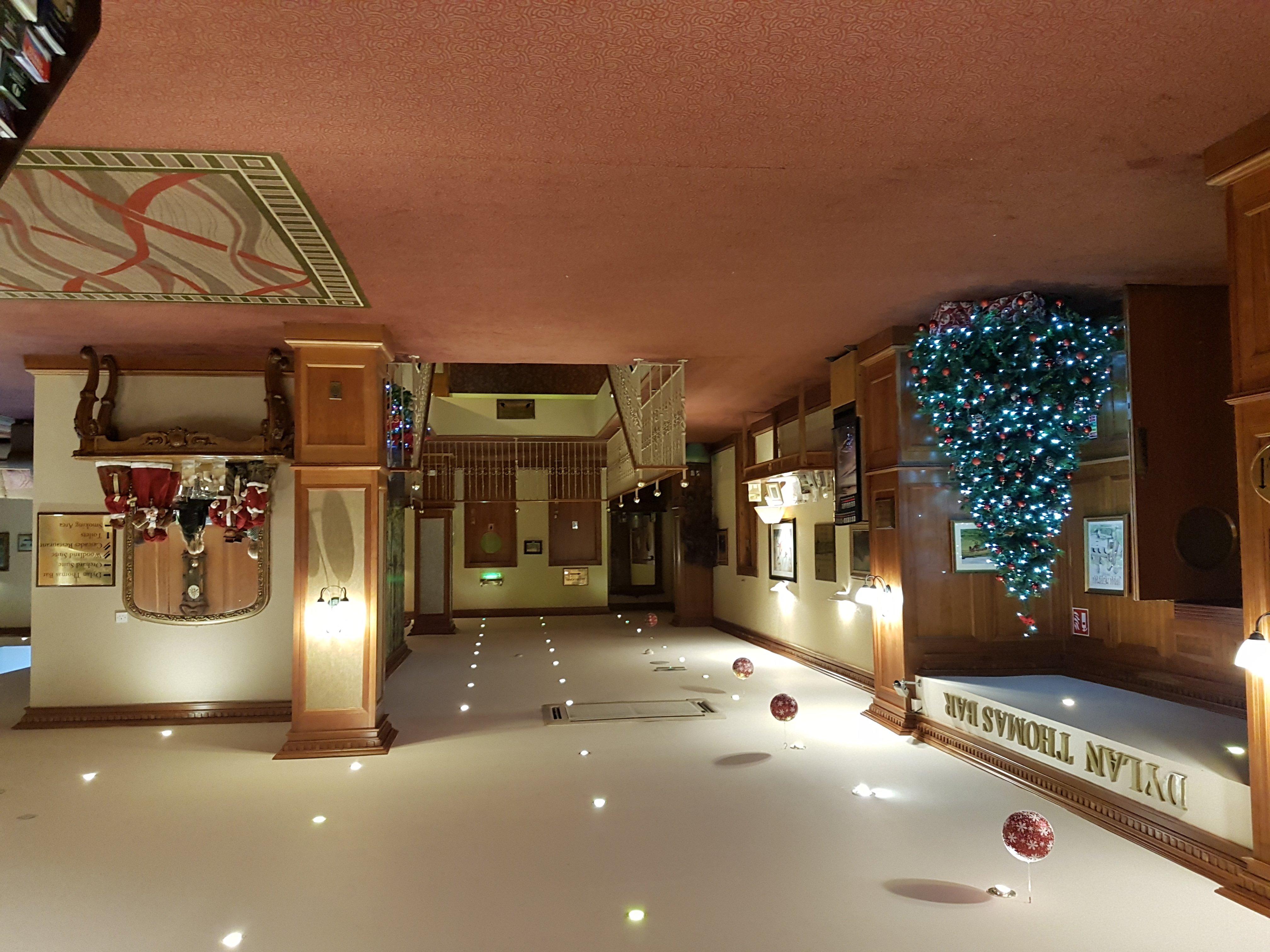 Falls Hotel & Spa