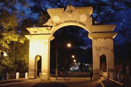 Portico da Fabrica Presidente Vargas
