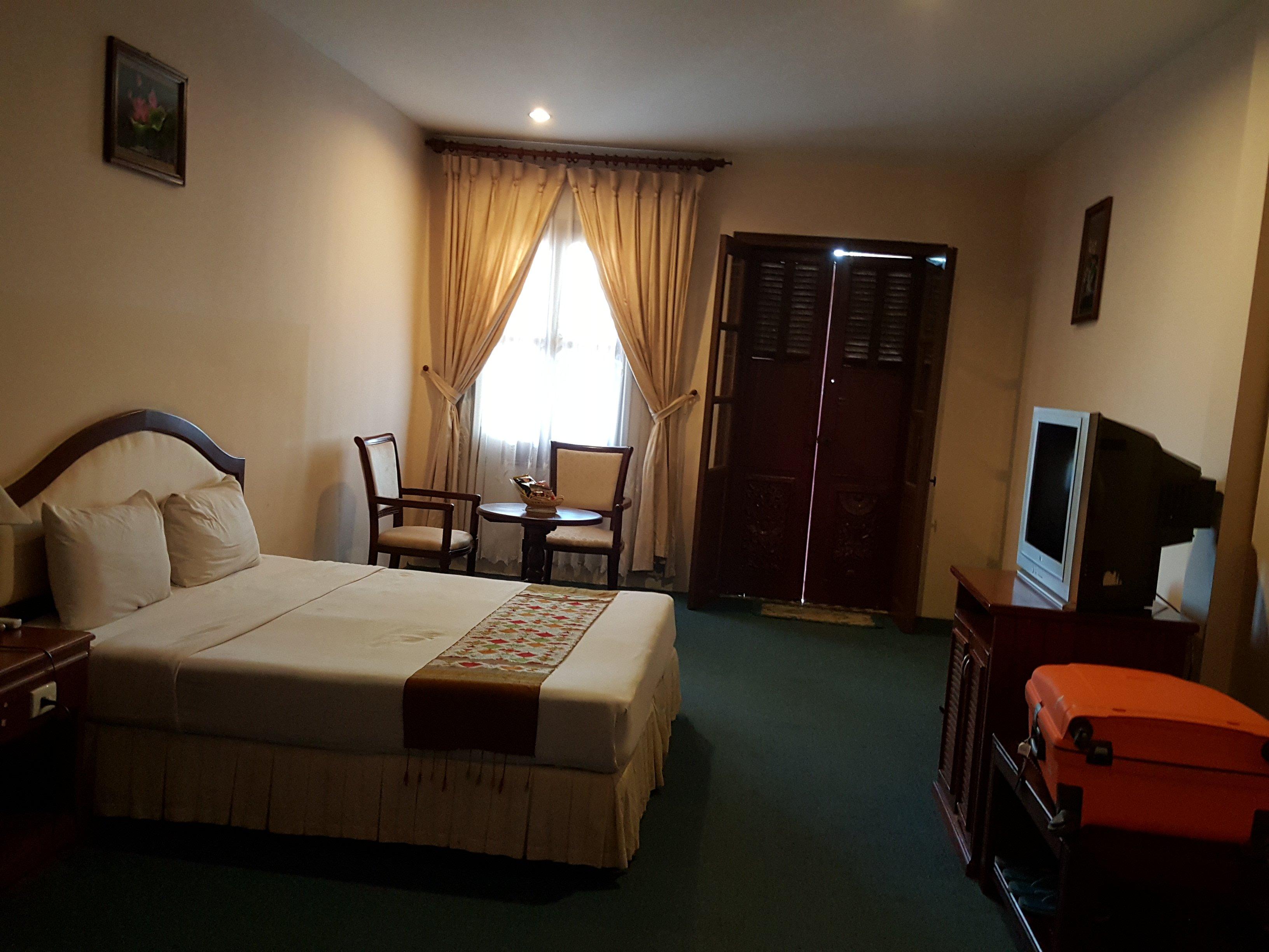 チャンパサック パラスホテル