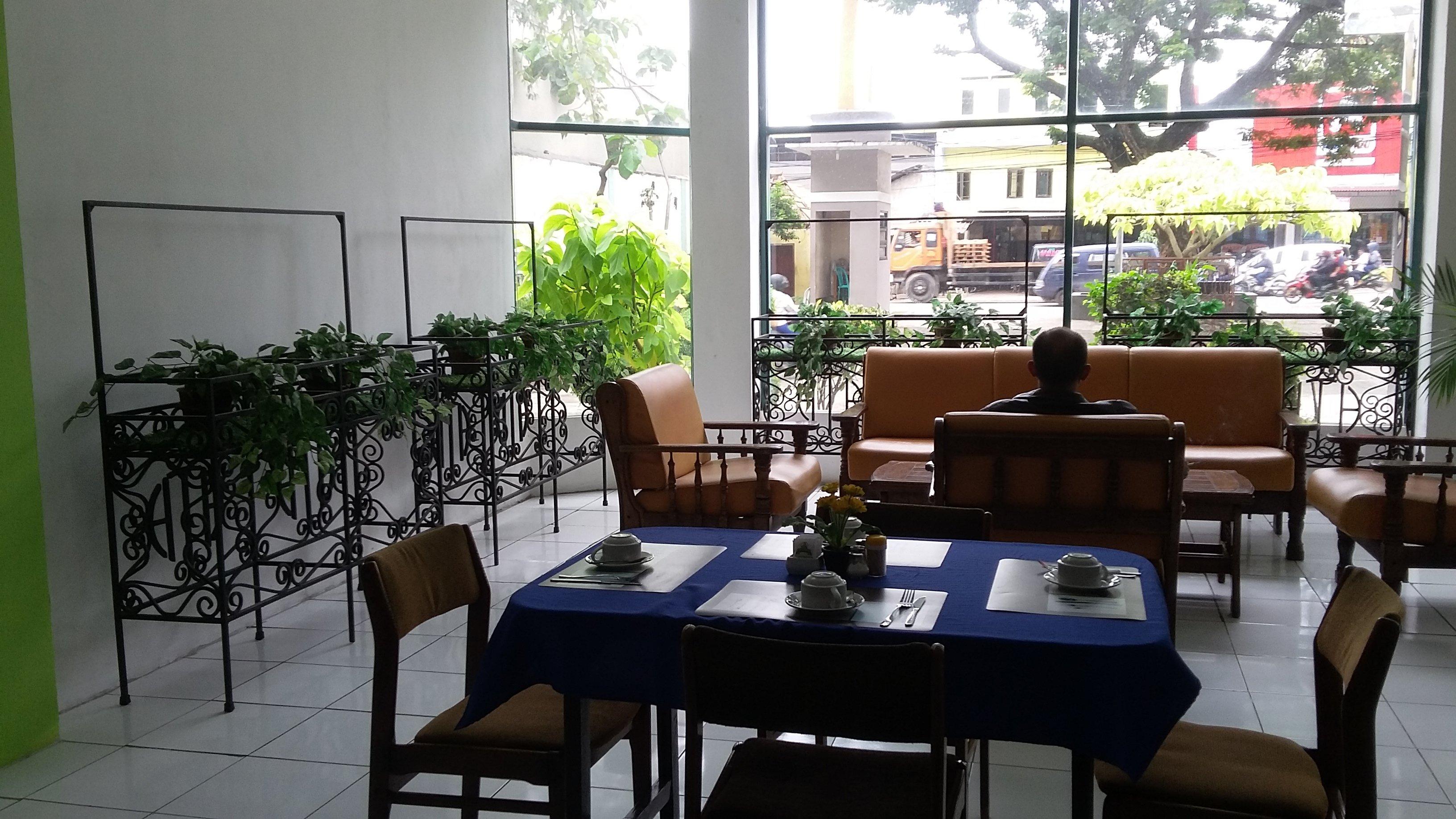 Huswah Transit Hotel