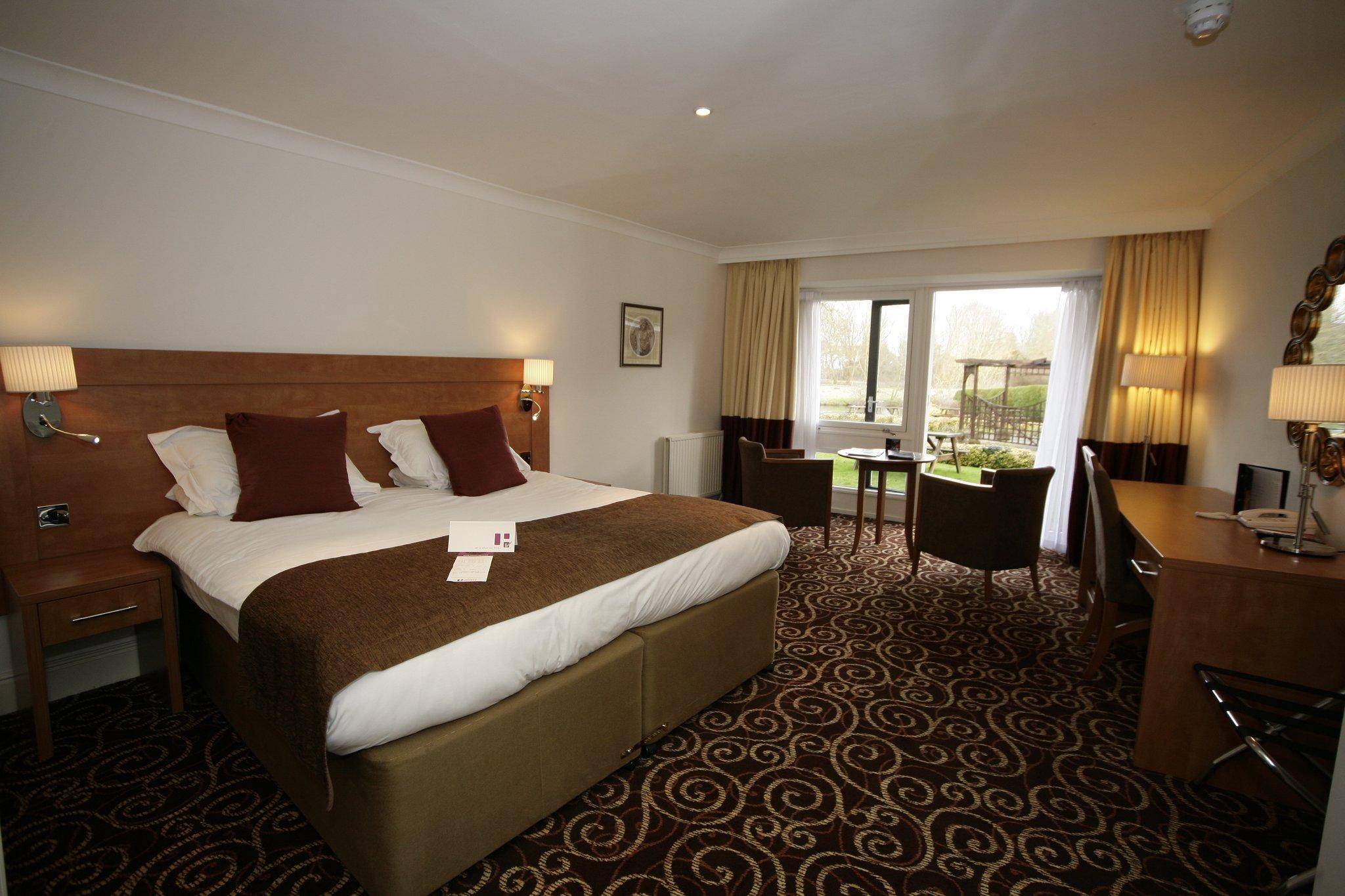 리거시 로즈 & 크라운 호텔