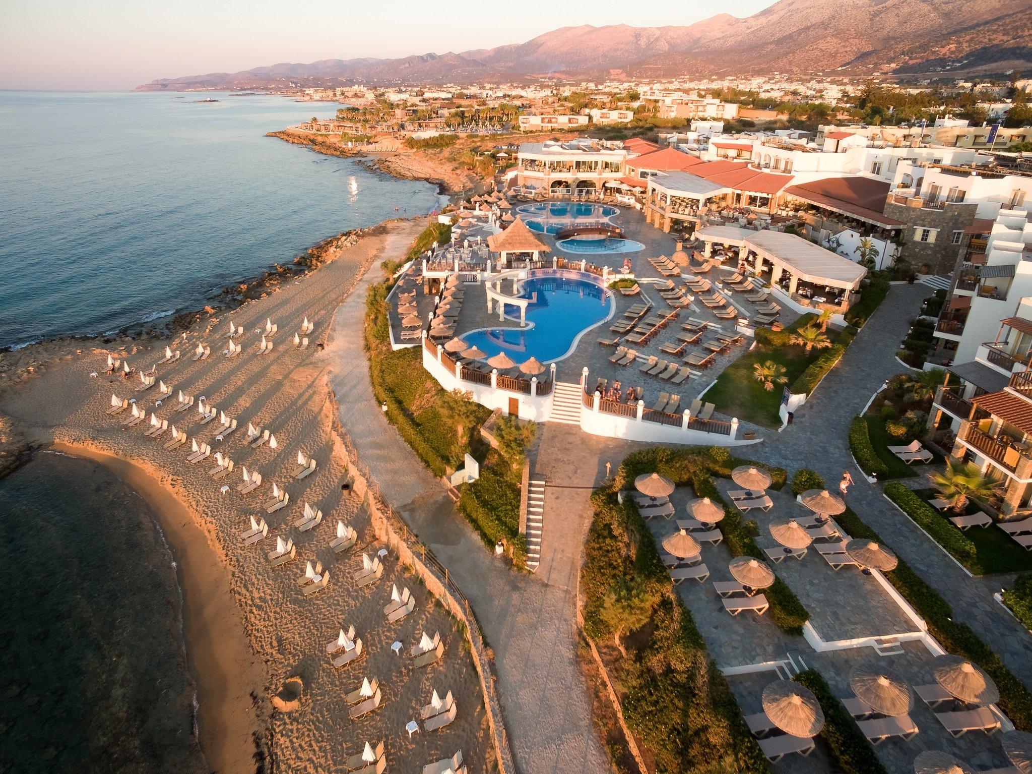 TOP 鄉際線亞歷山大海灘村莊克里特飯店