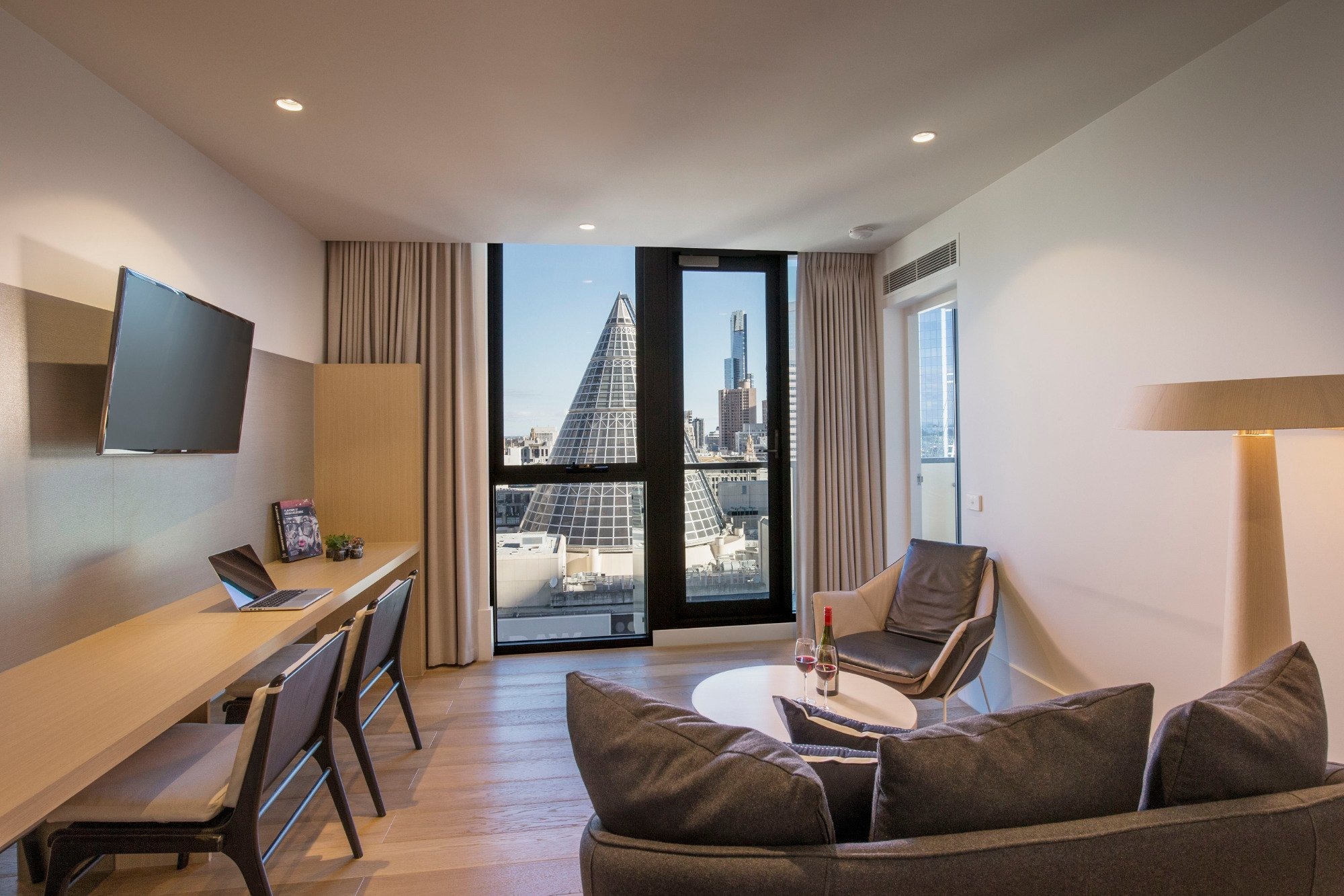 Brady hotels central melbourne updated 2017 hotel for 0 bedroom apartment