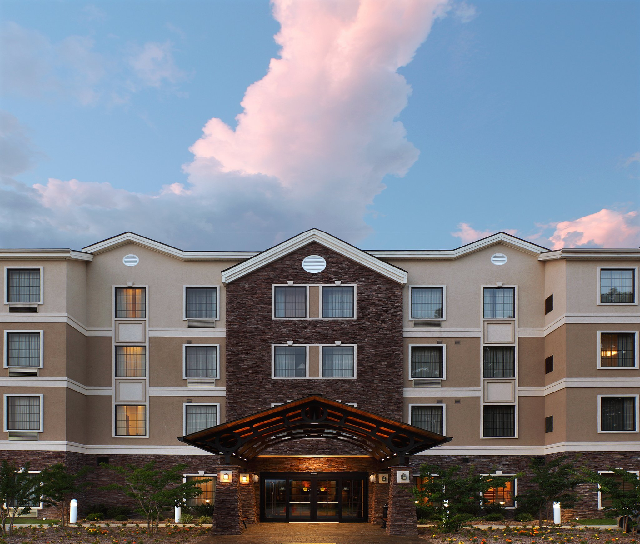 溫泉駐橋套房酒店