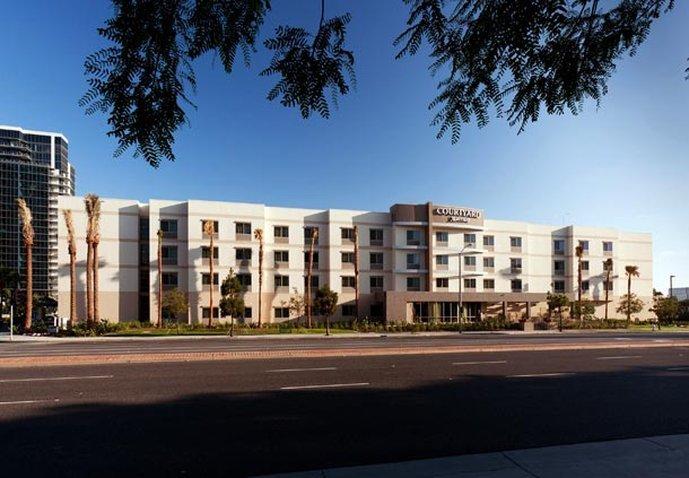 Courtyard Santa Ana Orange County